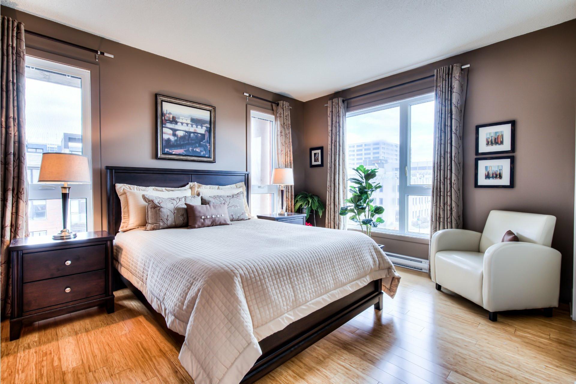 image 20 - Appartement À vendre Ville-Marie Montréal  - 7 pièces