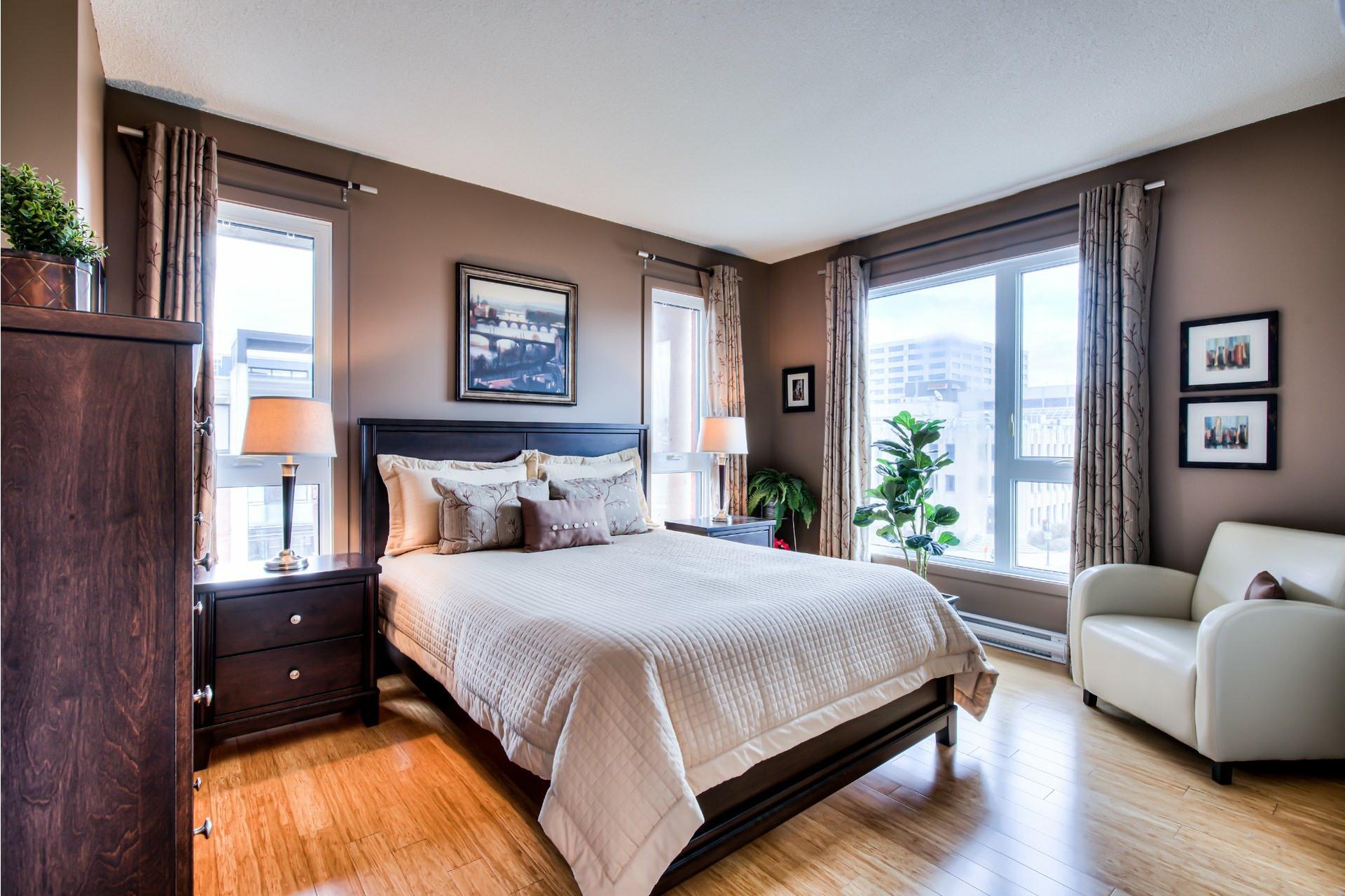 image 19 - Appartement À vendre Ville-Marie Montréal  - 7 pièces
