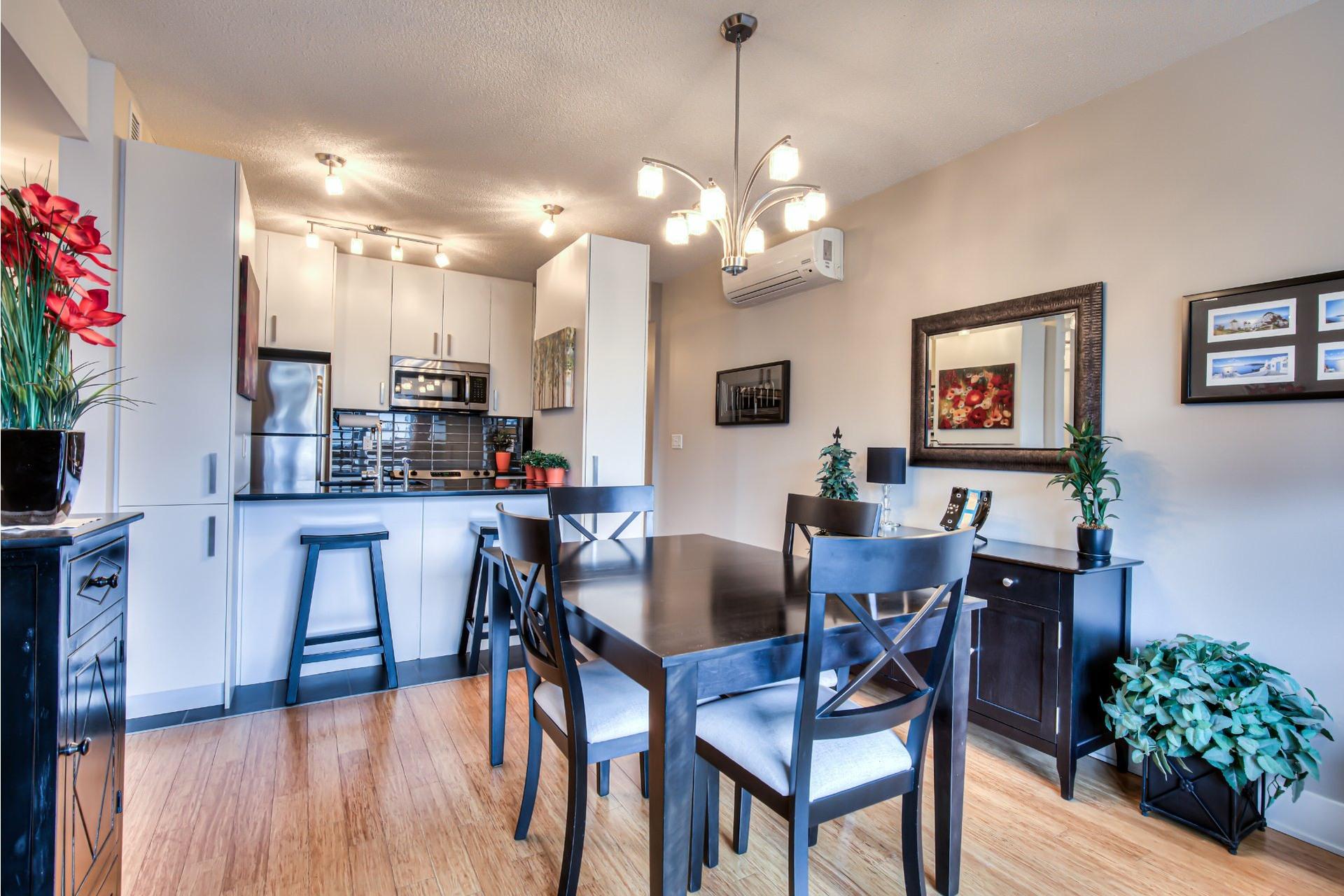 image 10 - Appartement À vendre Ville-Marie Montréal  - 7 pièces