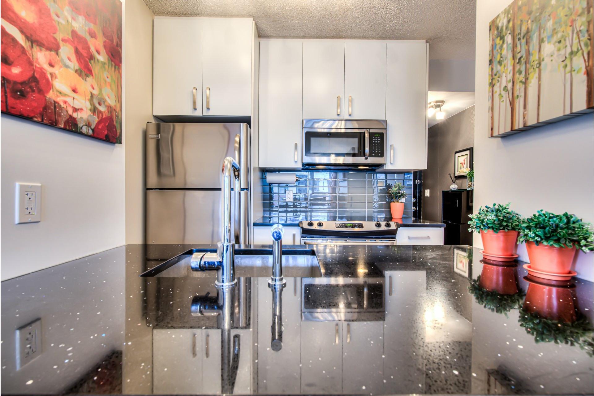 image 7 - Appartement À vendre Ville-Marie Montréal  - 7 pièces