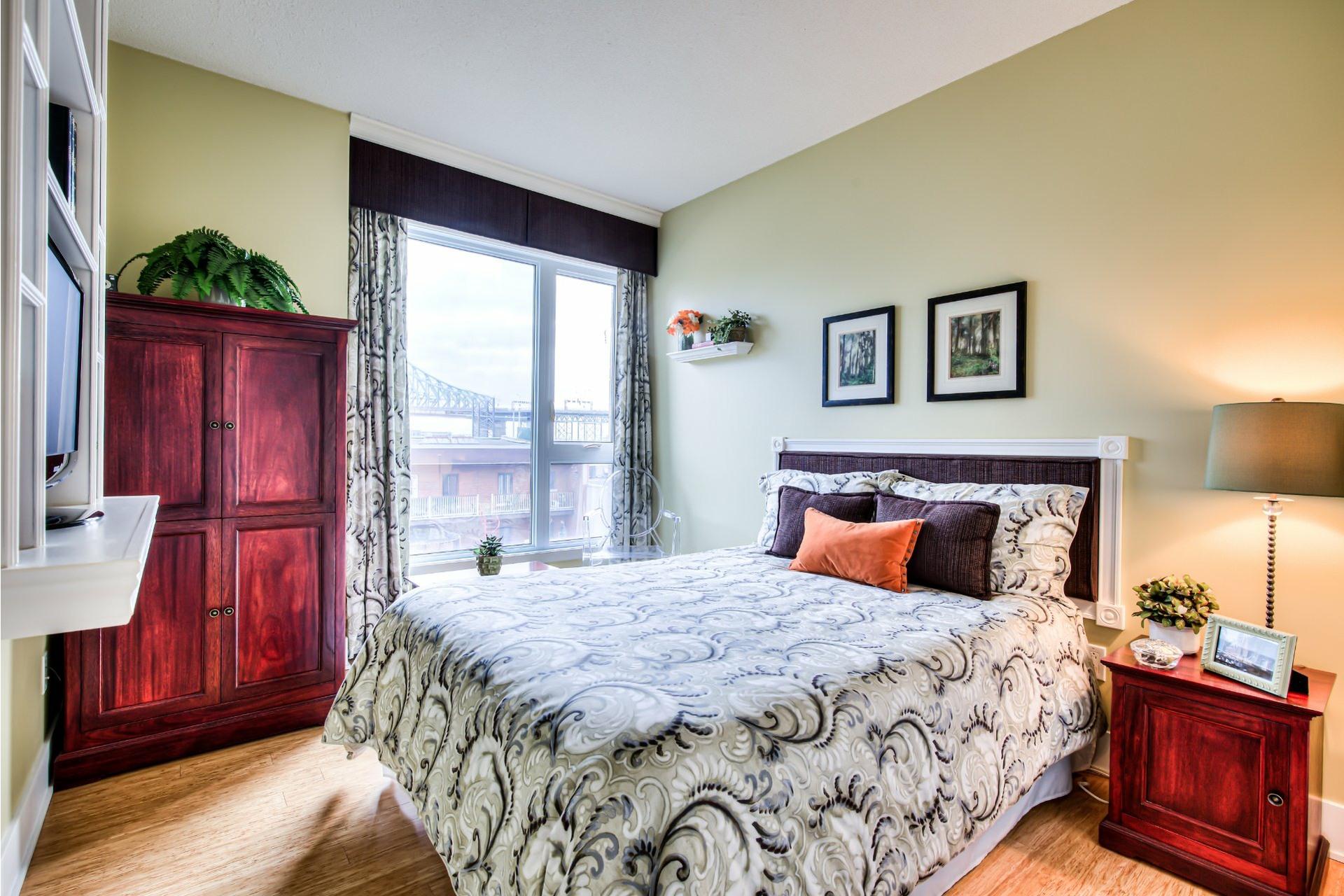 image 22 - Appartement À vendre Ville-Marie Montréal  - 7 pièces