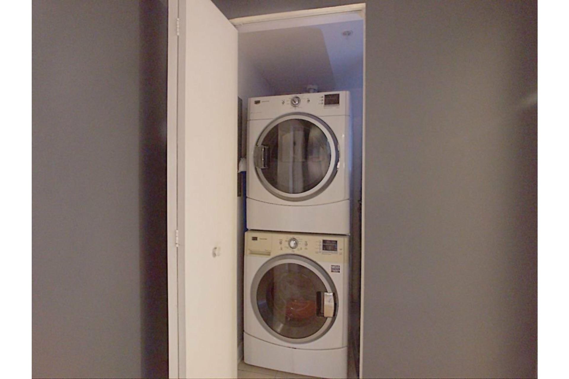 image 18 - Apartment For sale Ahuntsic-Cartierville Montréal  - 6 rooms