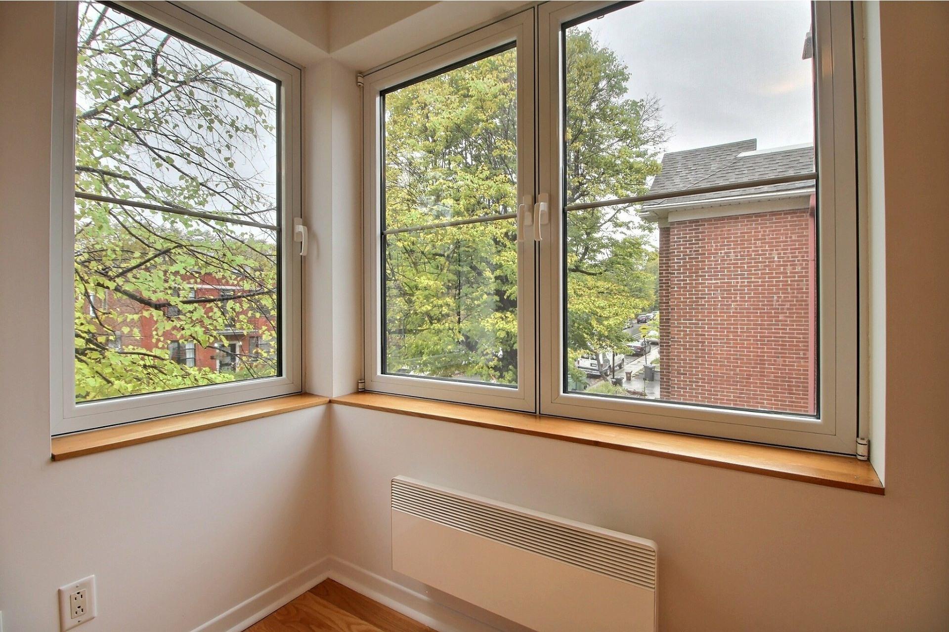 image 12 - Appartement À louer Côte-des-Neiges/Notre-Dame-de-Grâce Montréal  - 6 pièces