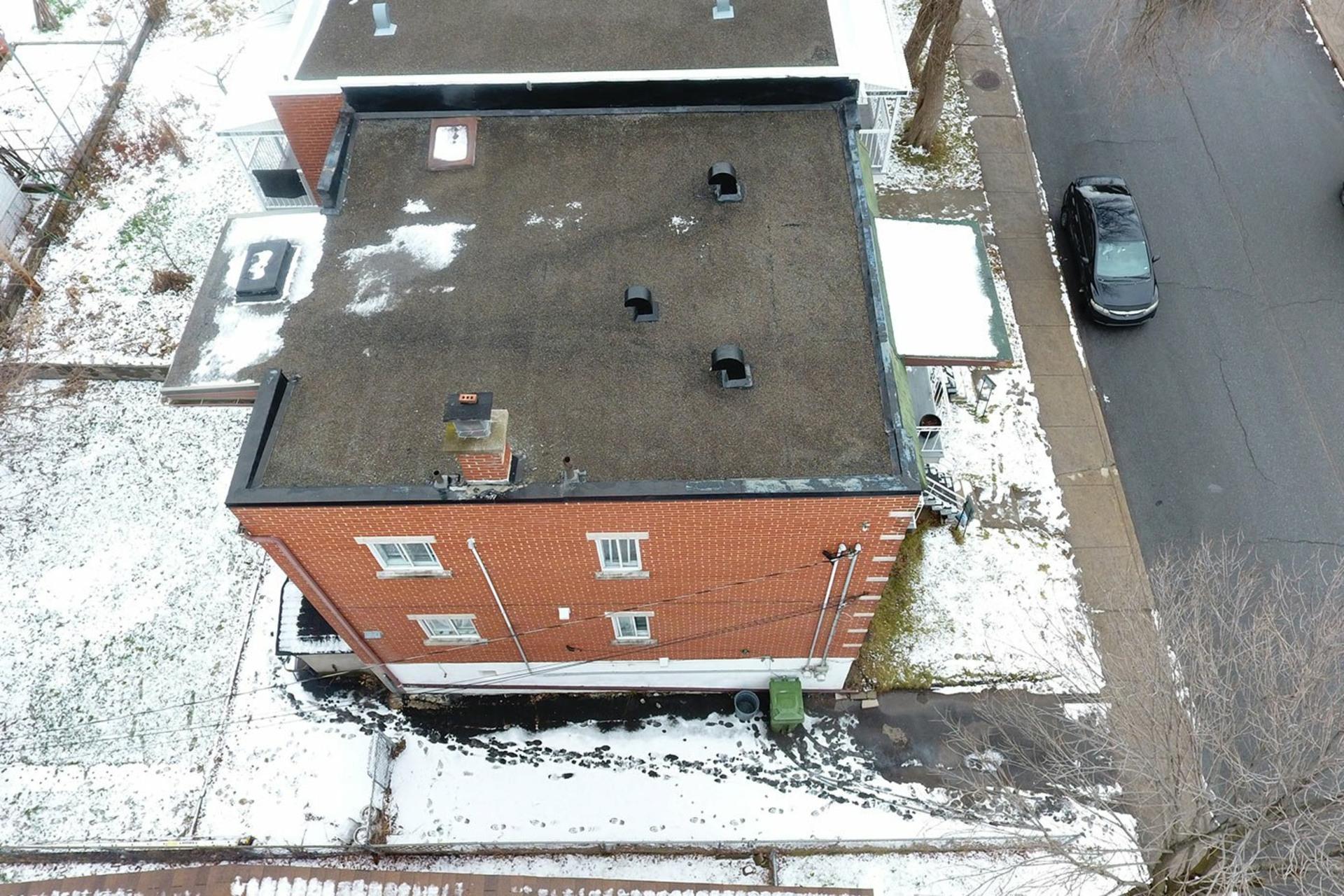 image 35 - Duplex For sale Rivière-des-Prairies/Pointe-aux-Trembles Montréal  - 4 rooms