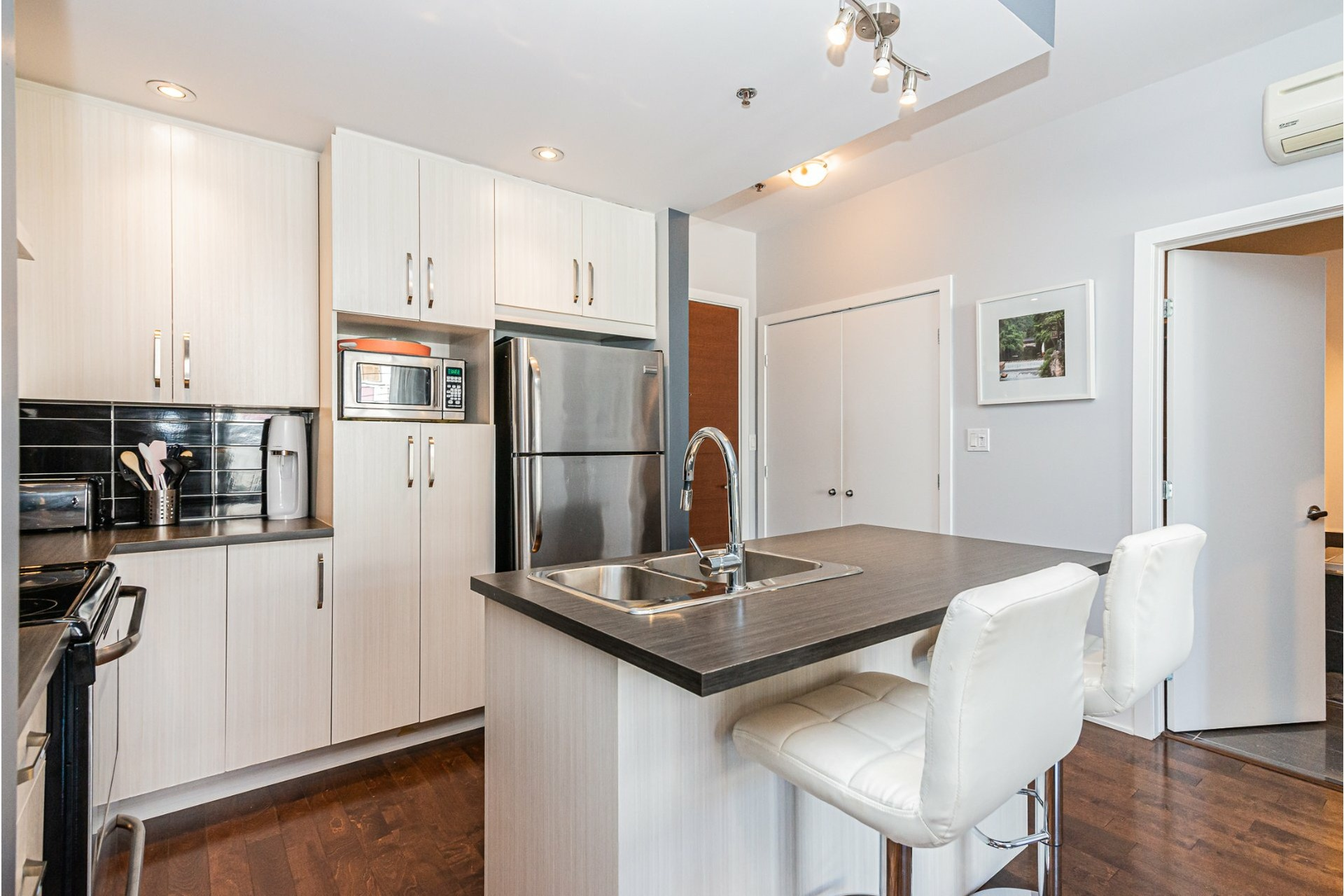 image 1 - Departamento En venta Rosemont/La Petite-Patrie Montréal  - 6 habitaciones