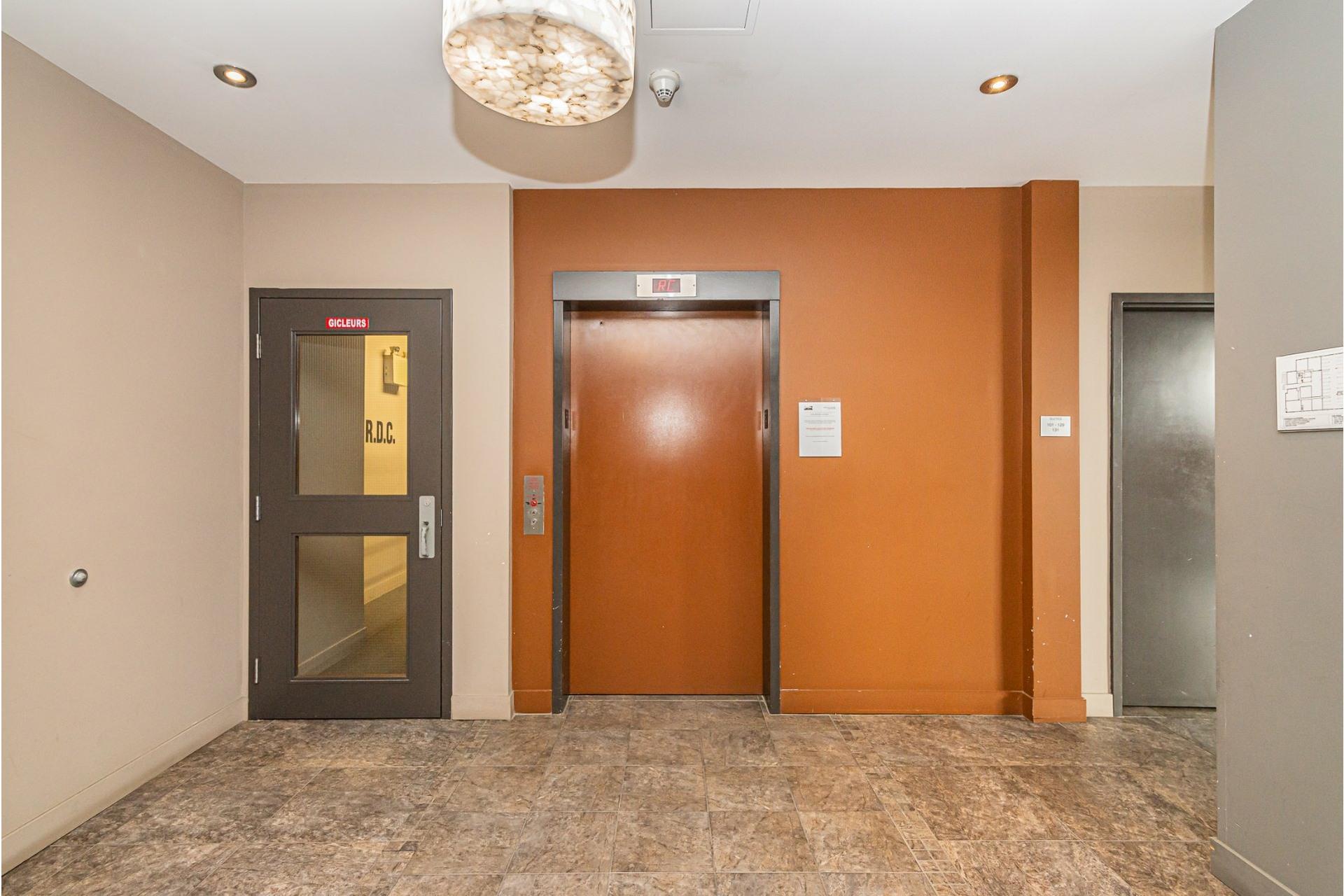image 20 - Departamento En venta Rosemont/La Petite-Patrie Montréal  - 6 habitaciones