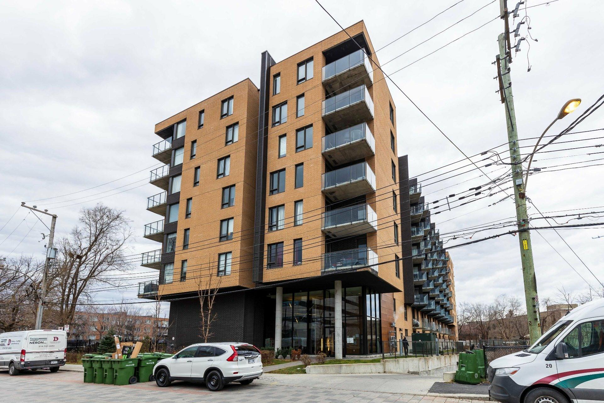 image 12 - Appartement À vendre Côte-des-Neiges/Notre-Dame-de-Grâce Montréal  - 5 pièces