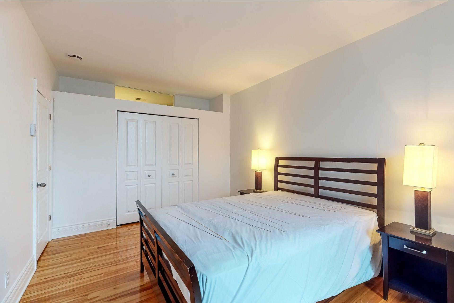 image 11 - Appartement À louer Le Plateau-Mont-Royal Montréal  - 5 pièces