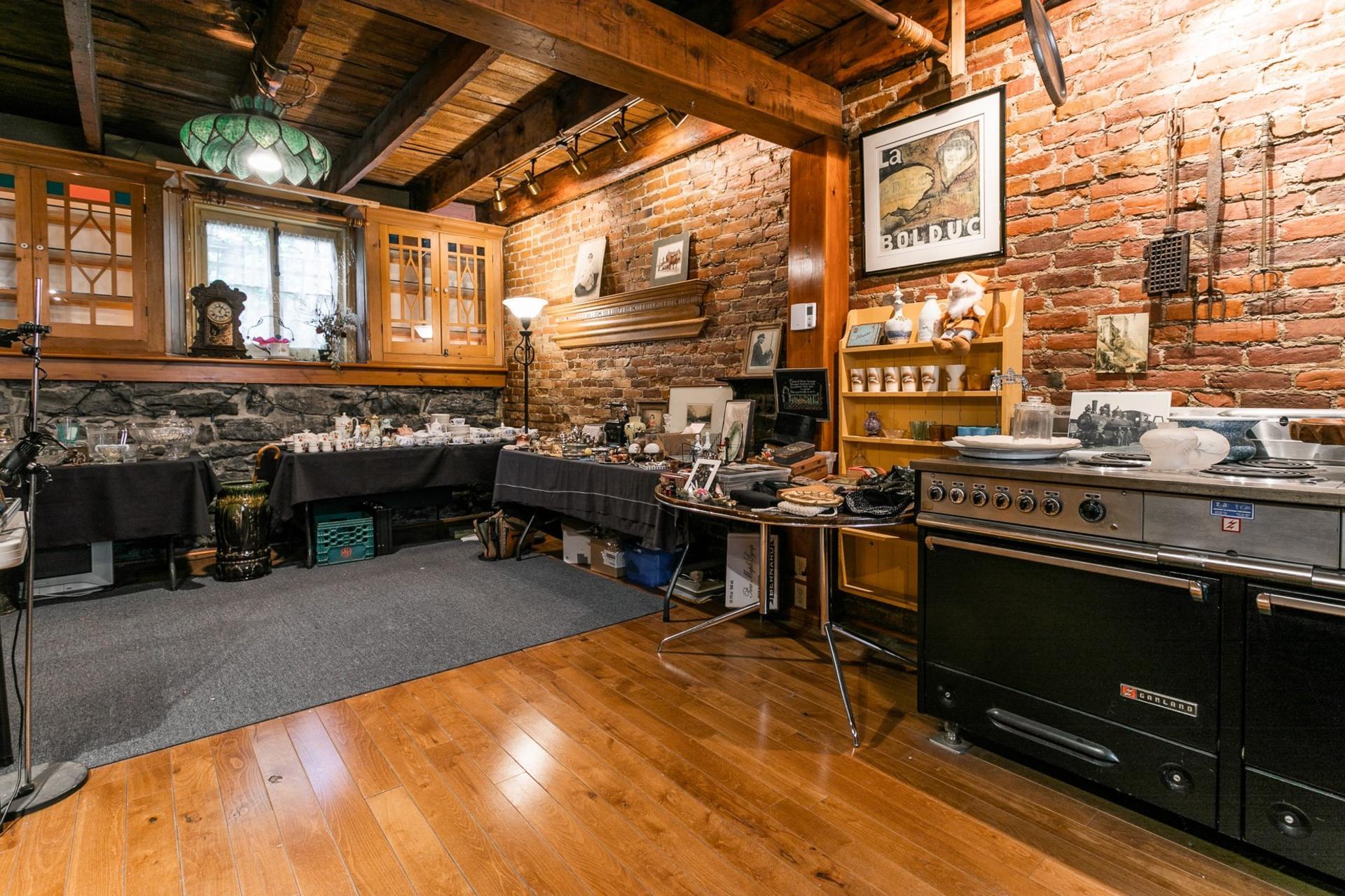 image 5 - House For sale Le Plateau-Mont-Royal Montréal  - 7 rooms