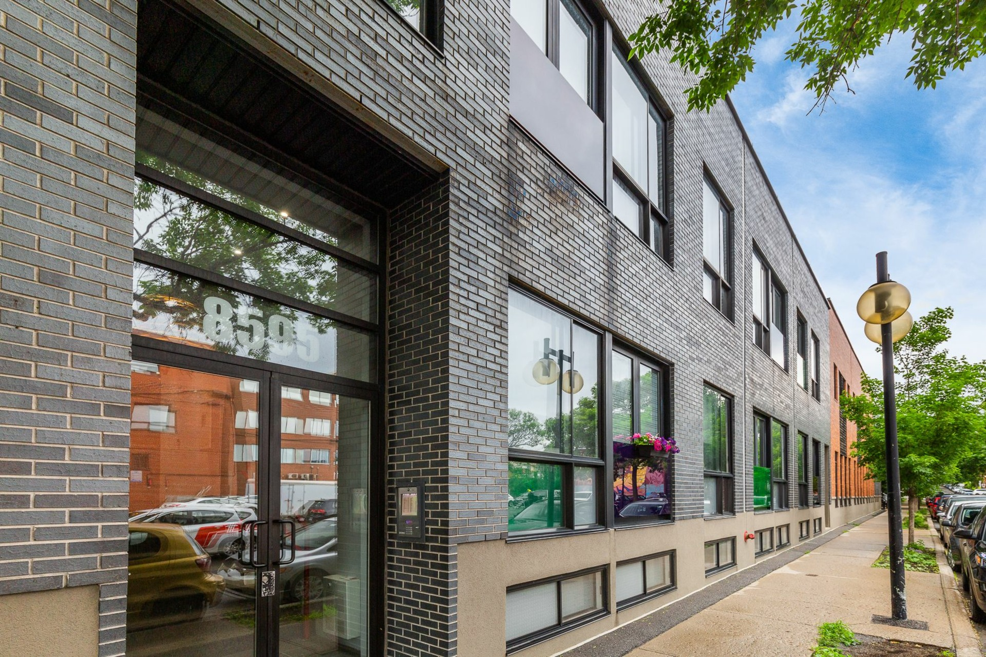 image 1 - Appartement À vendre Villeray/Saint-Michel/Parc-Extension Montréal  - 1 pièce