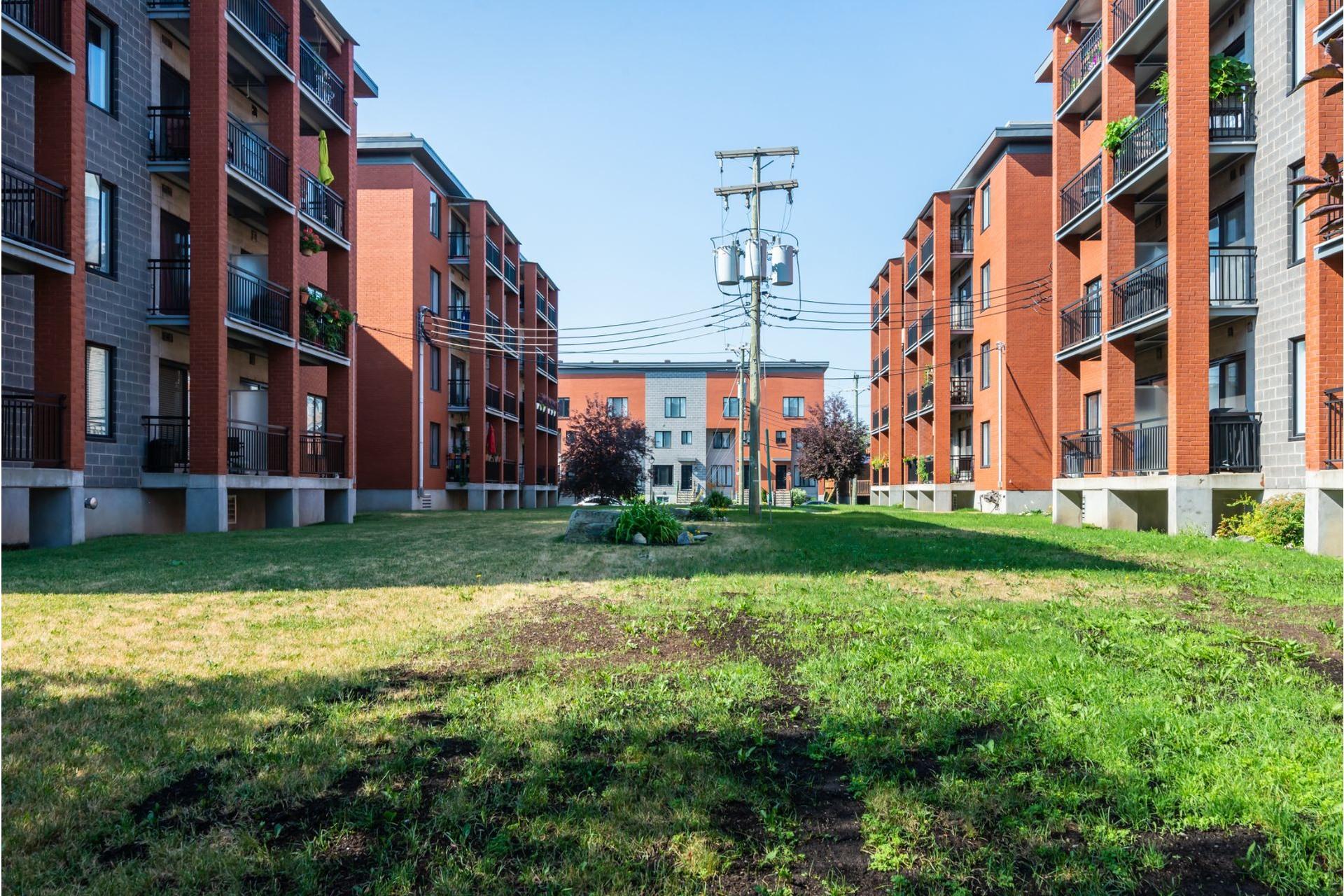 image 22 - Appartement À vendre Mercier/Hochelaga-Maisonneuve Montréal  - 4 pièces