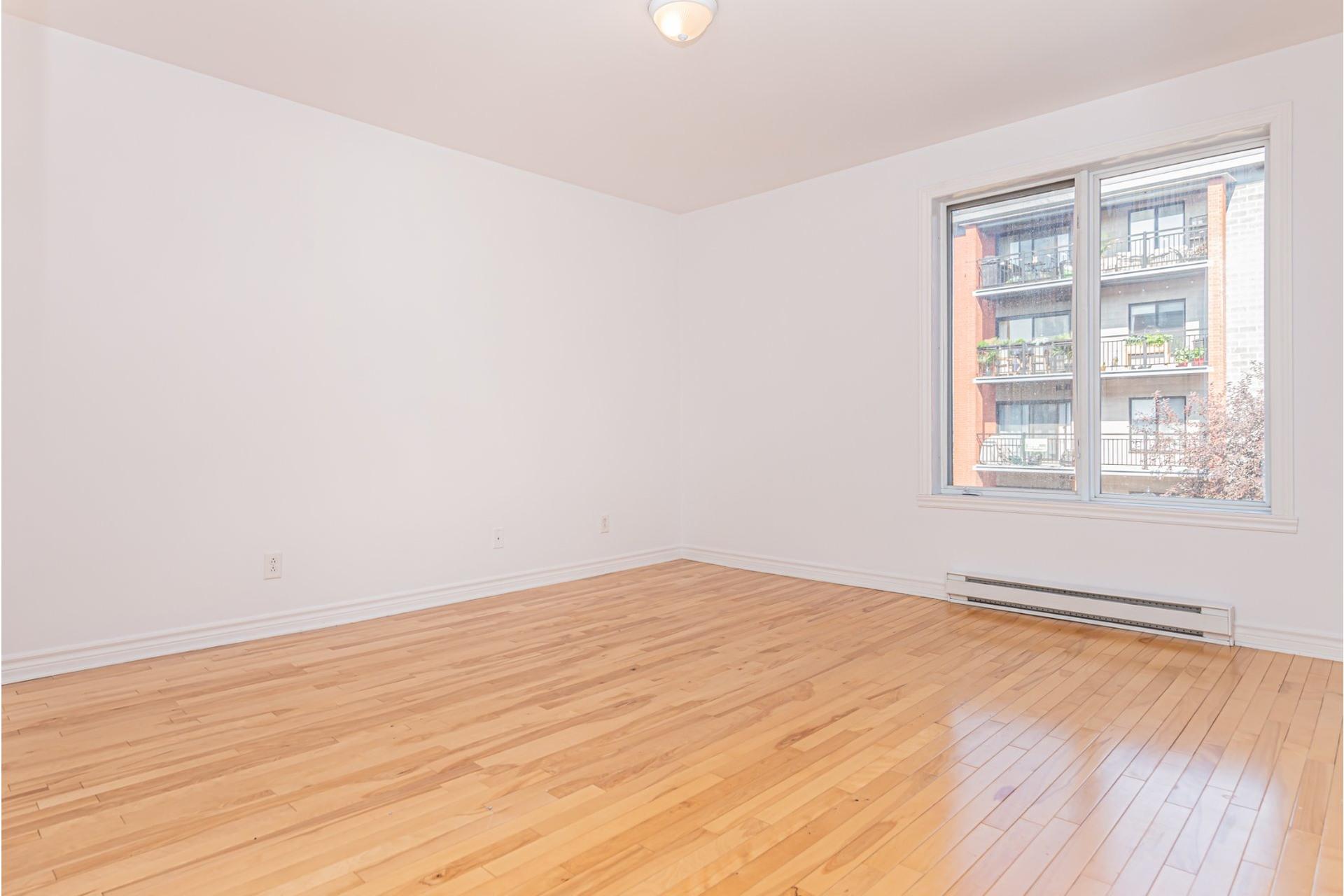 image 15 - Appartement À vendre Mercier/Hochelaga-Maisonneuve Montréal  - 4 pièces