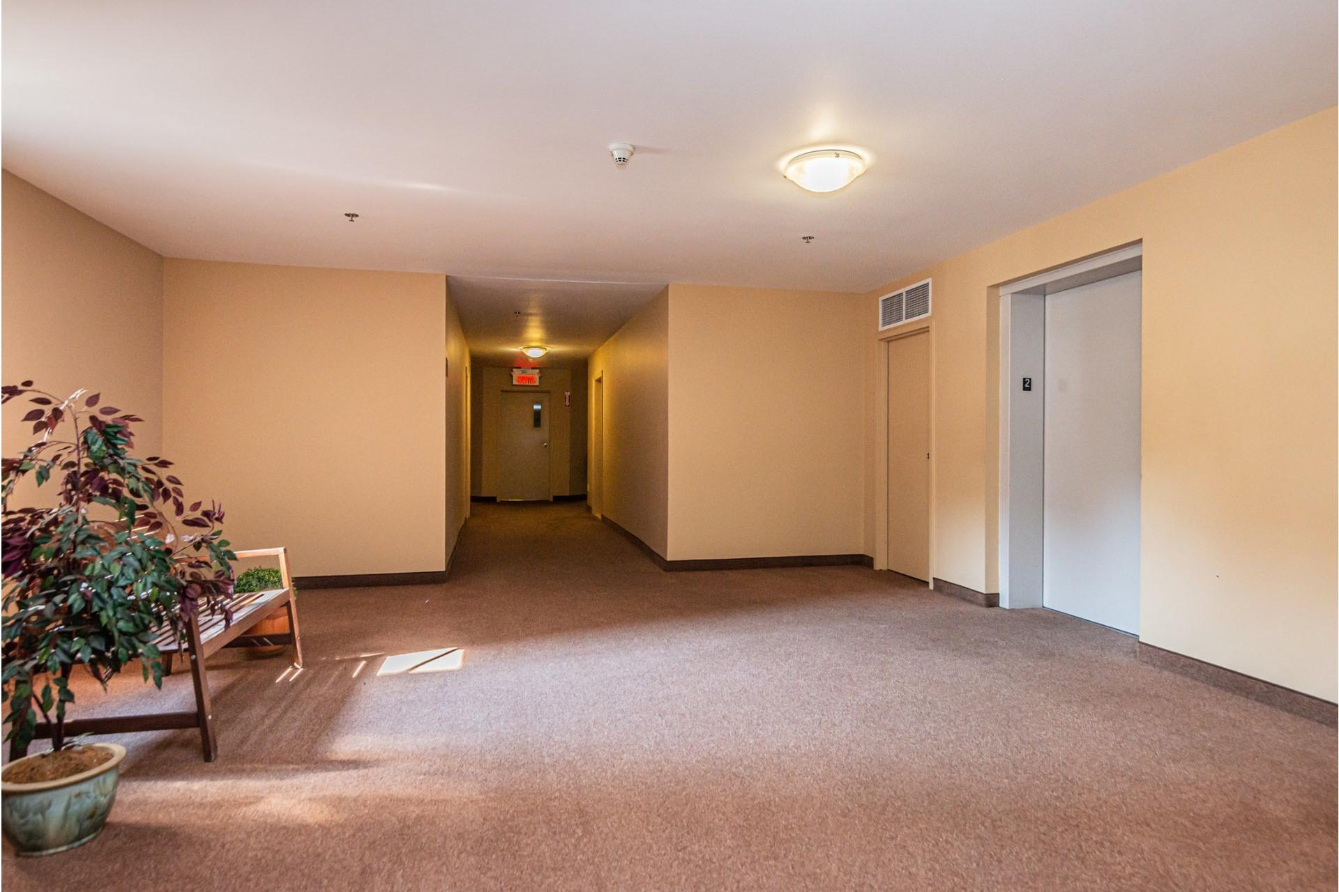 image 20 - Appartement À vendre Mercier/Hochelaga-Maisonneuve Montréal  - 4 pièces