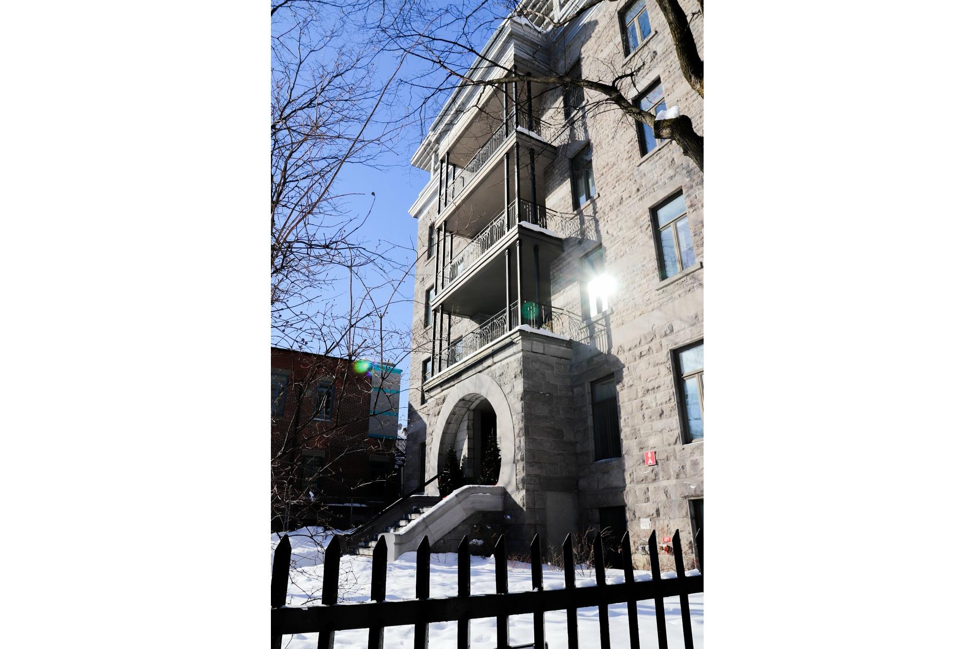 image 17 - Appartement À louer Le Plateau-Mont-Royal Montréal  - 5 pièces