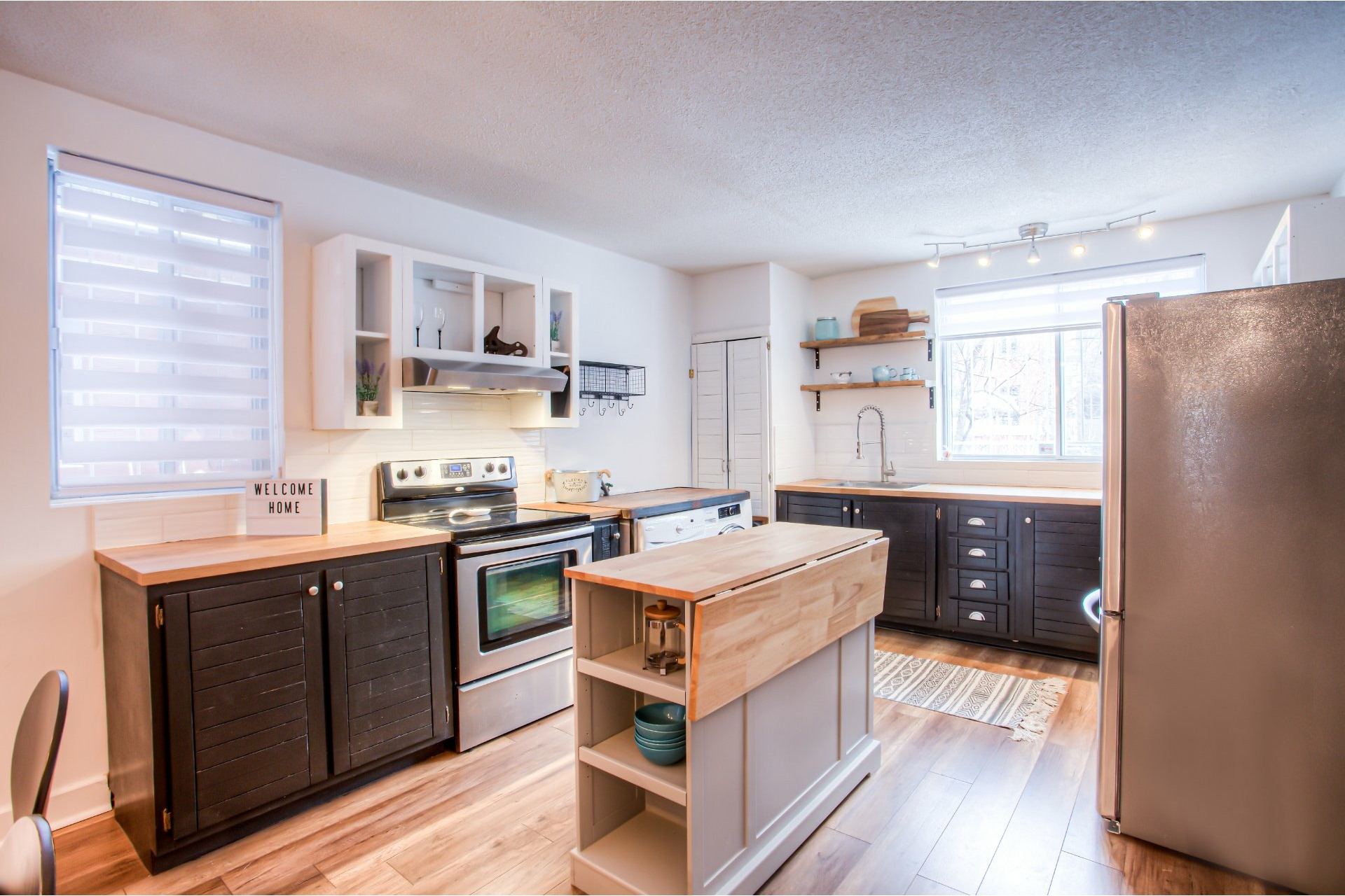 Apartment For sale Le Plateau-Mont-Royal Montréal  - 7 rooms
