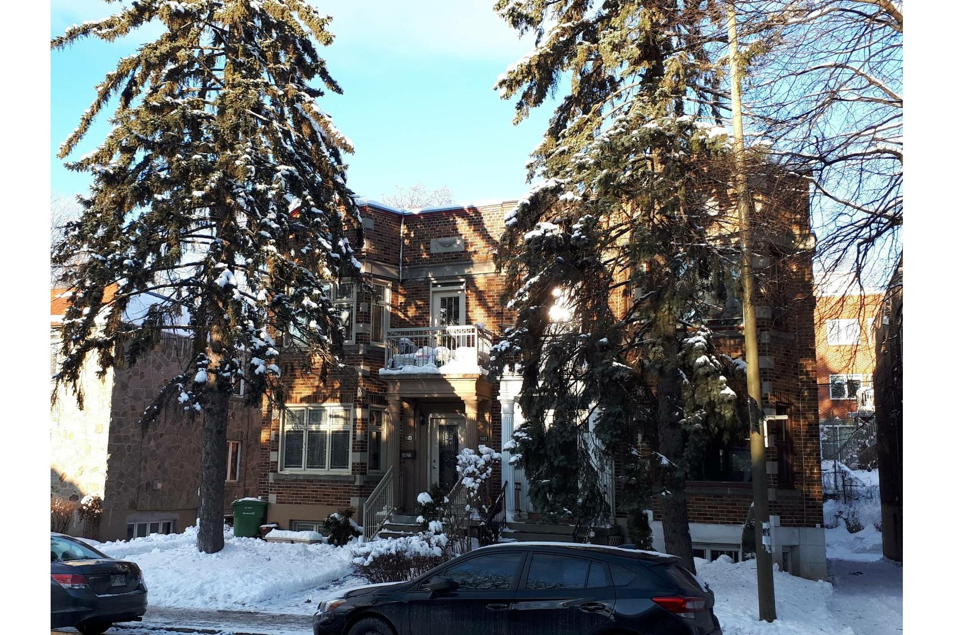 image 0 - Appartement À vendre Côte-des-Neiges/Notre-Dame-de-Grâce Montréal  - 10 pièces