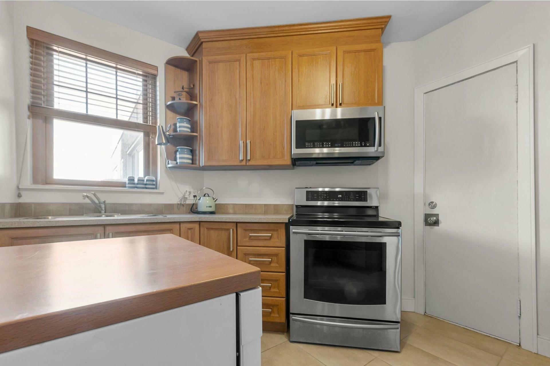 image 10 - Appartement À vendre Côte-des-Neiges/Notre-Dame-de-Grâce Montréal  - 7 pièces