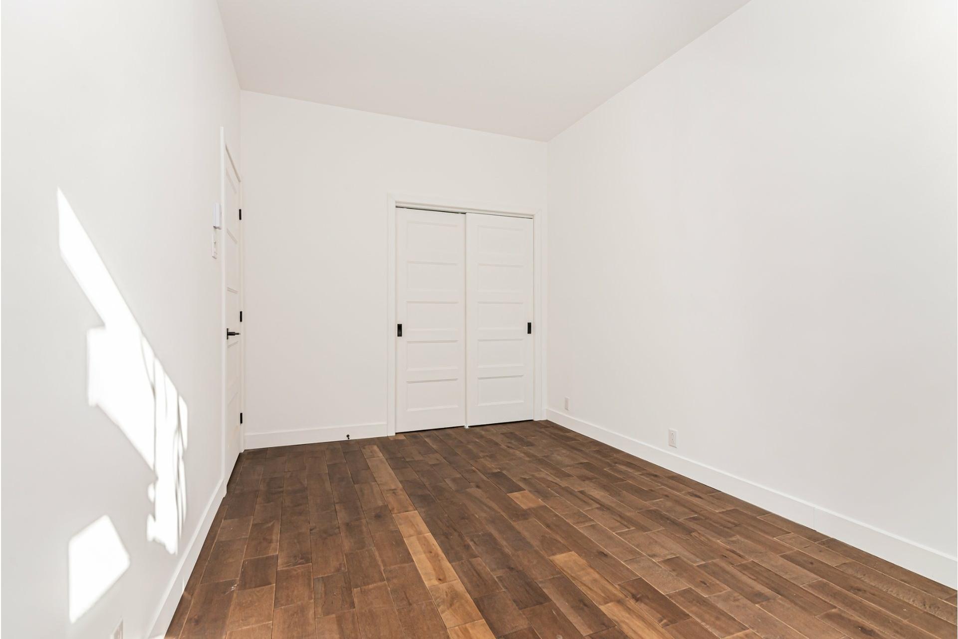 image 16 - Departamento Para alquiler Le Plateau-Mont-Royal Montréal  - 4 habitaciones