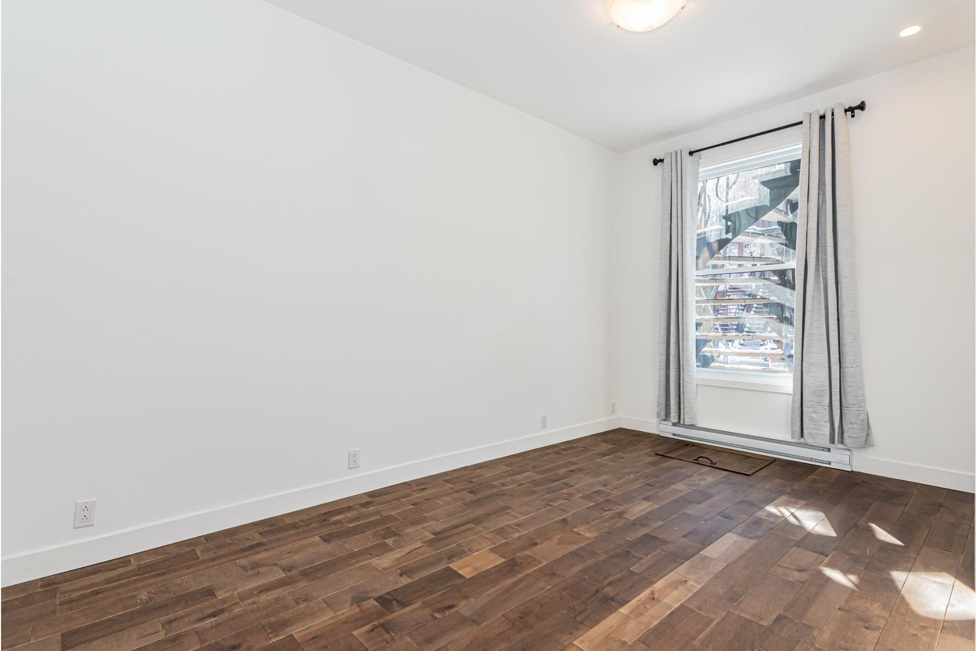 image 15 - Departamento Para alquiler Le Plateau-Mont-Royal Montréal  - 4 habitaciones