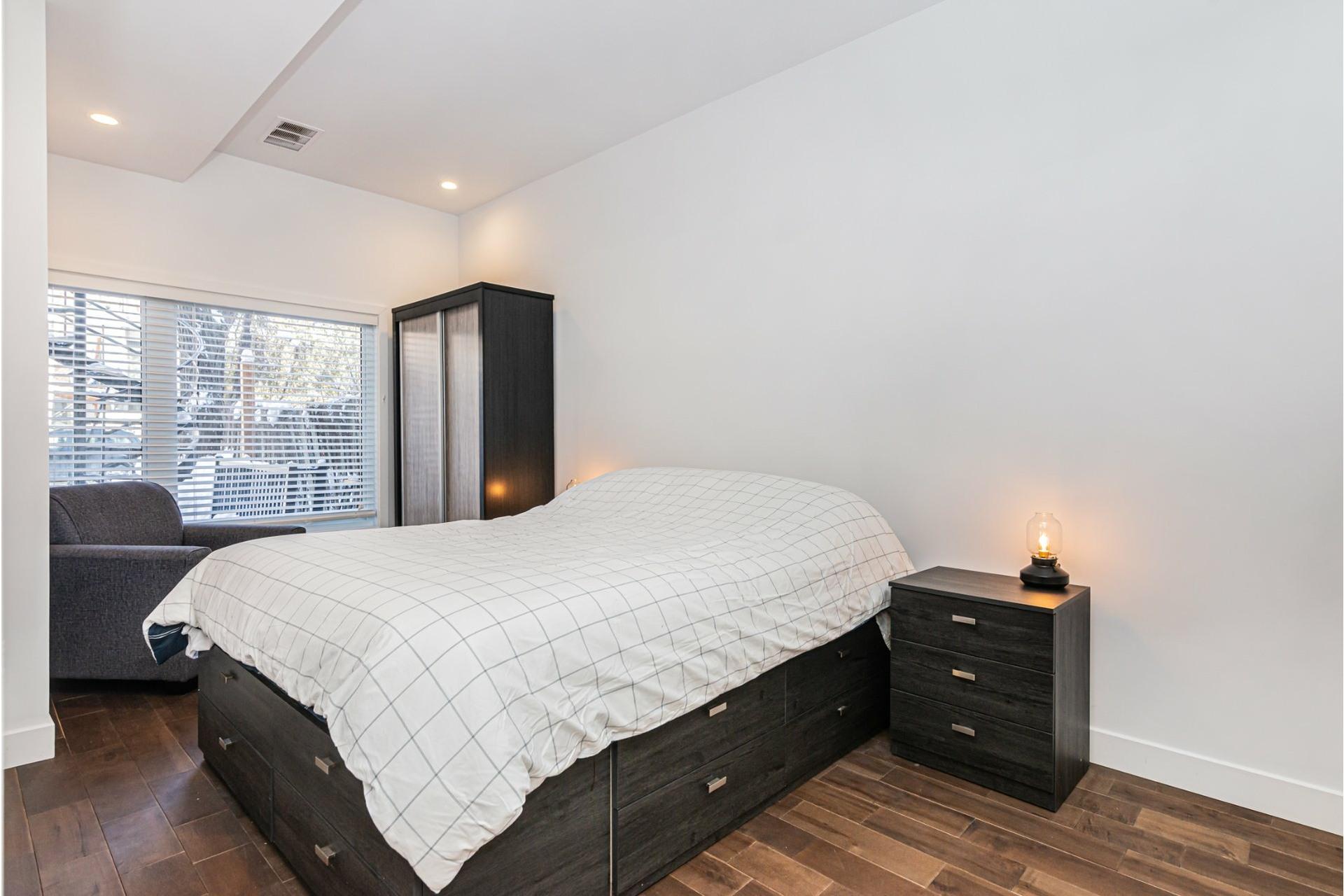 image 11 - Departamento Para alquiler Le Plateau-Mont-Royal Montréal  - 4 habitaciones