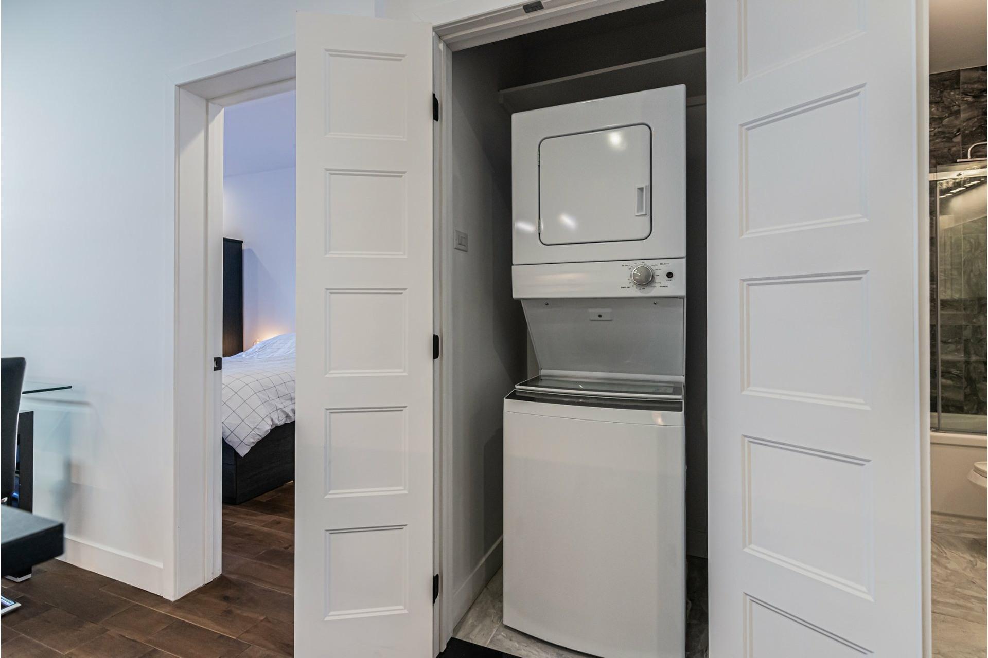 image 18 - Departamento Para alquiler Le Plateau-Mont-Royal Montréal  - 4 habitaciones