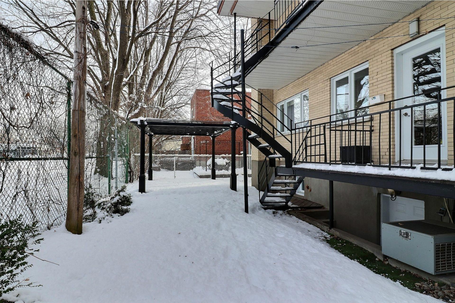 image 30 - Quadruplex À vendre Ahuntsic-Cartierville Montréal  - 12 pièces