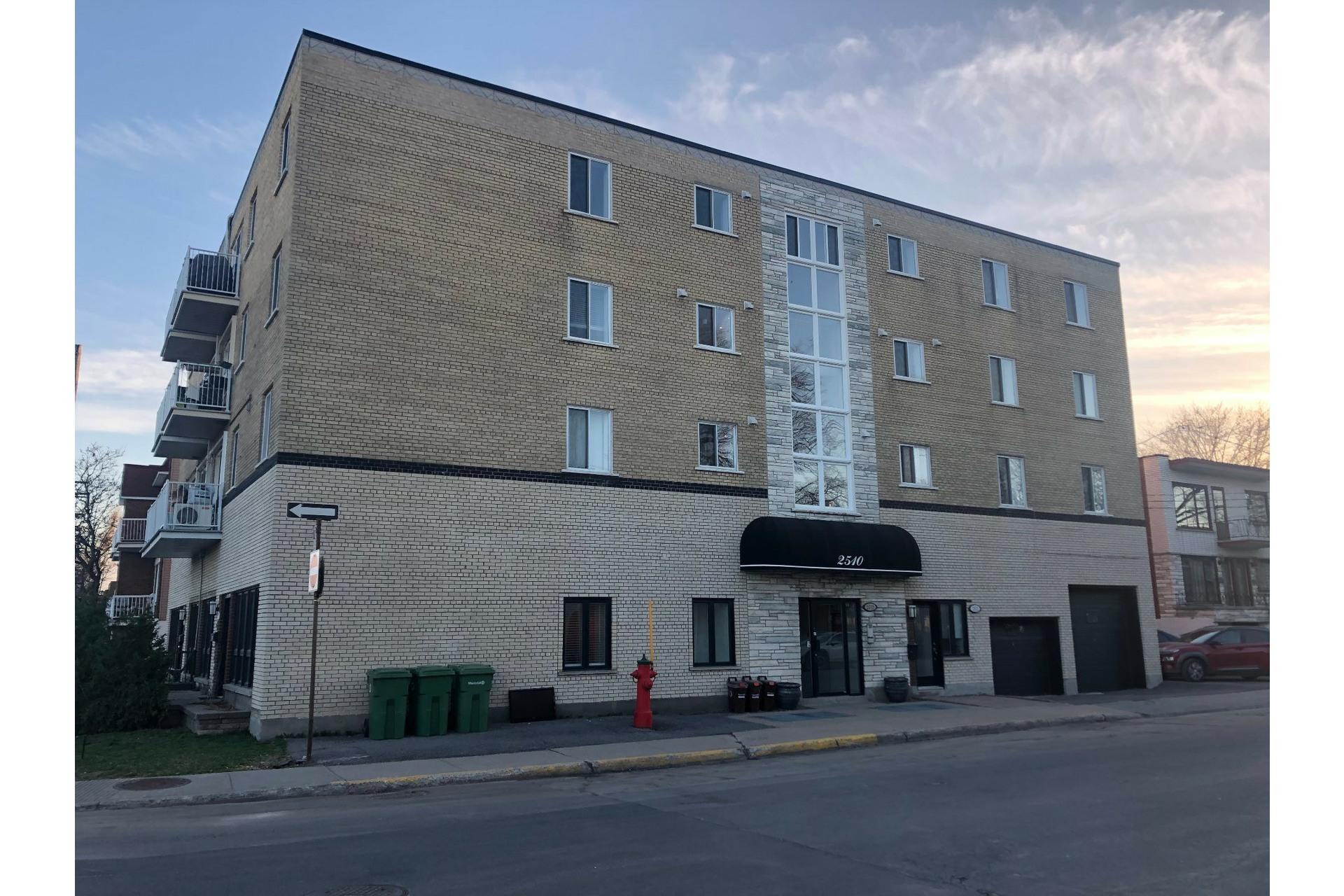 image 24 - Appartement À vendre Mercier/Hochelaga-Maisonneuve Montréal  - 9 pièces