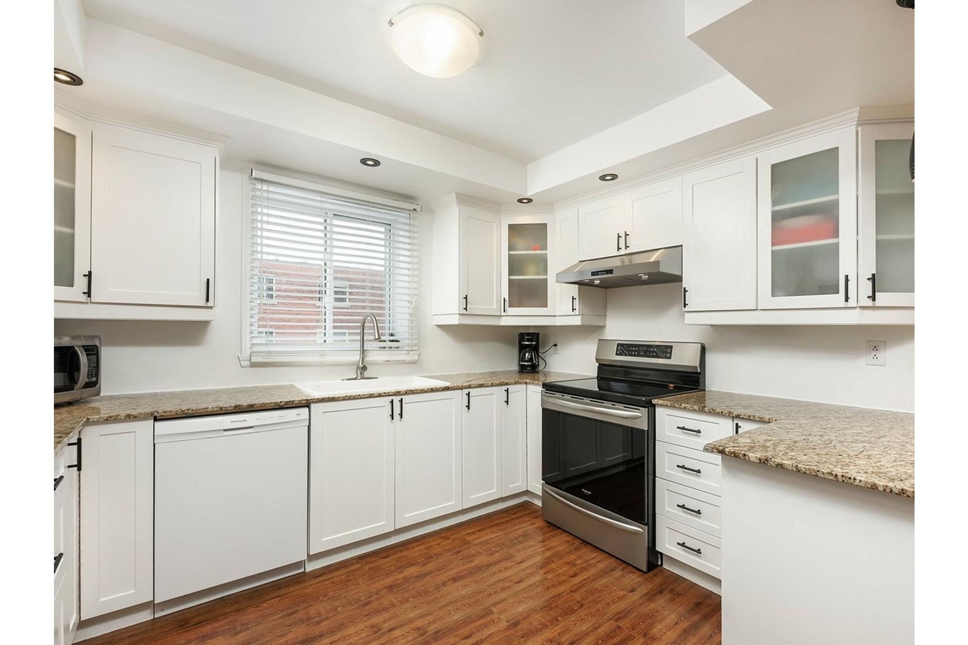 image 4 - Appartement À vendre Mercier/Hochelaga-Maisonneuve Montréal  - 9 pièces
