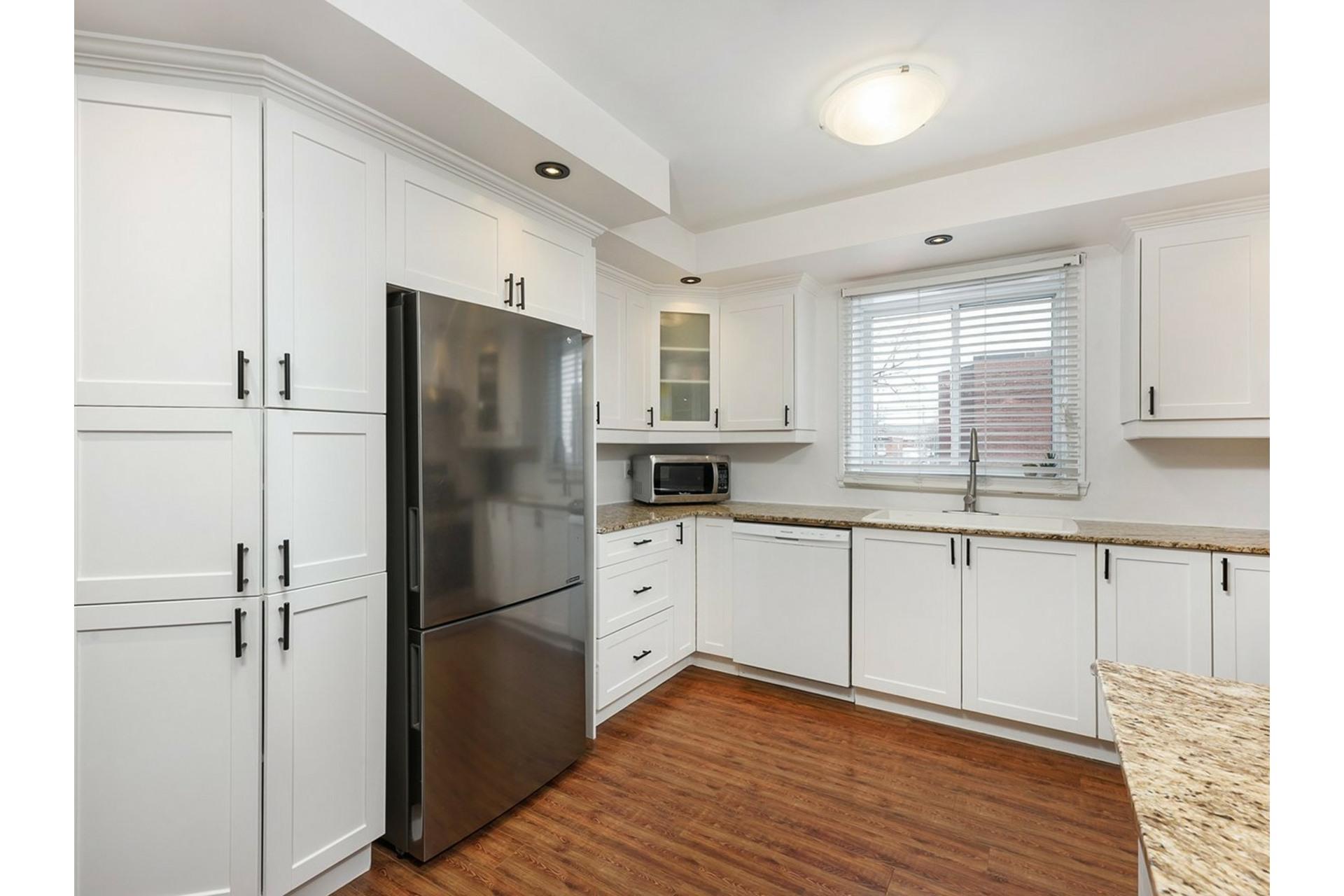 image 5 - Apartment For sale Mercier/Hochelaga-Maisonneuve Montréal  - 9 rooms