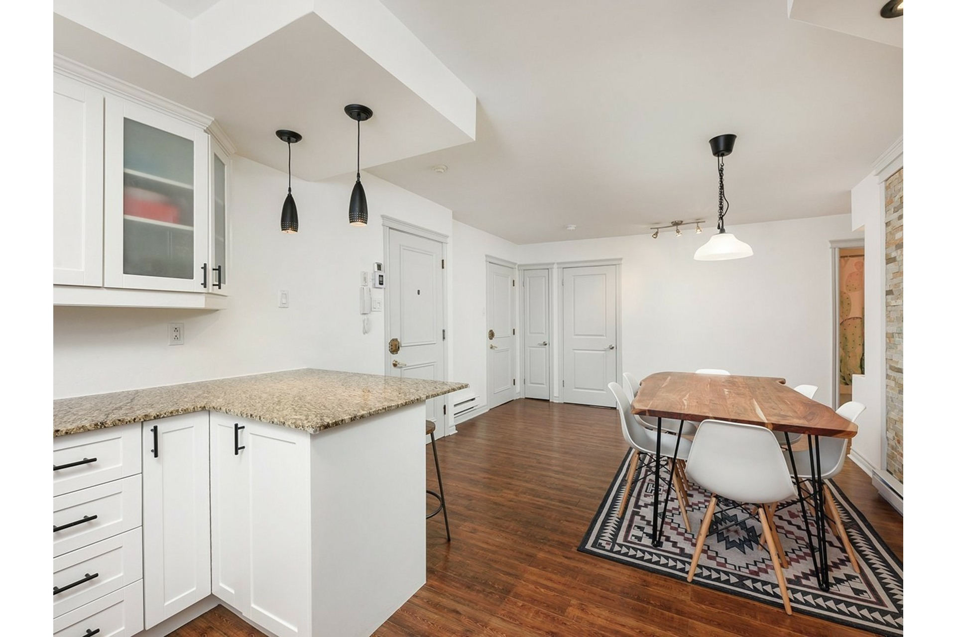 image 6 - Apartment For sale Mercier/Hochelaga-Maisonneuve Montréal  - 9 rooms