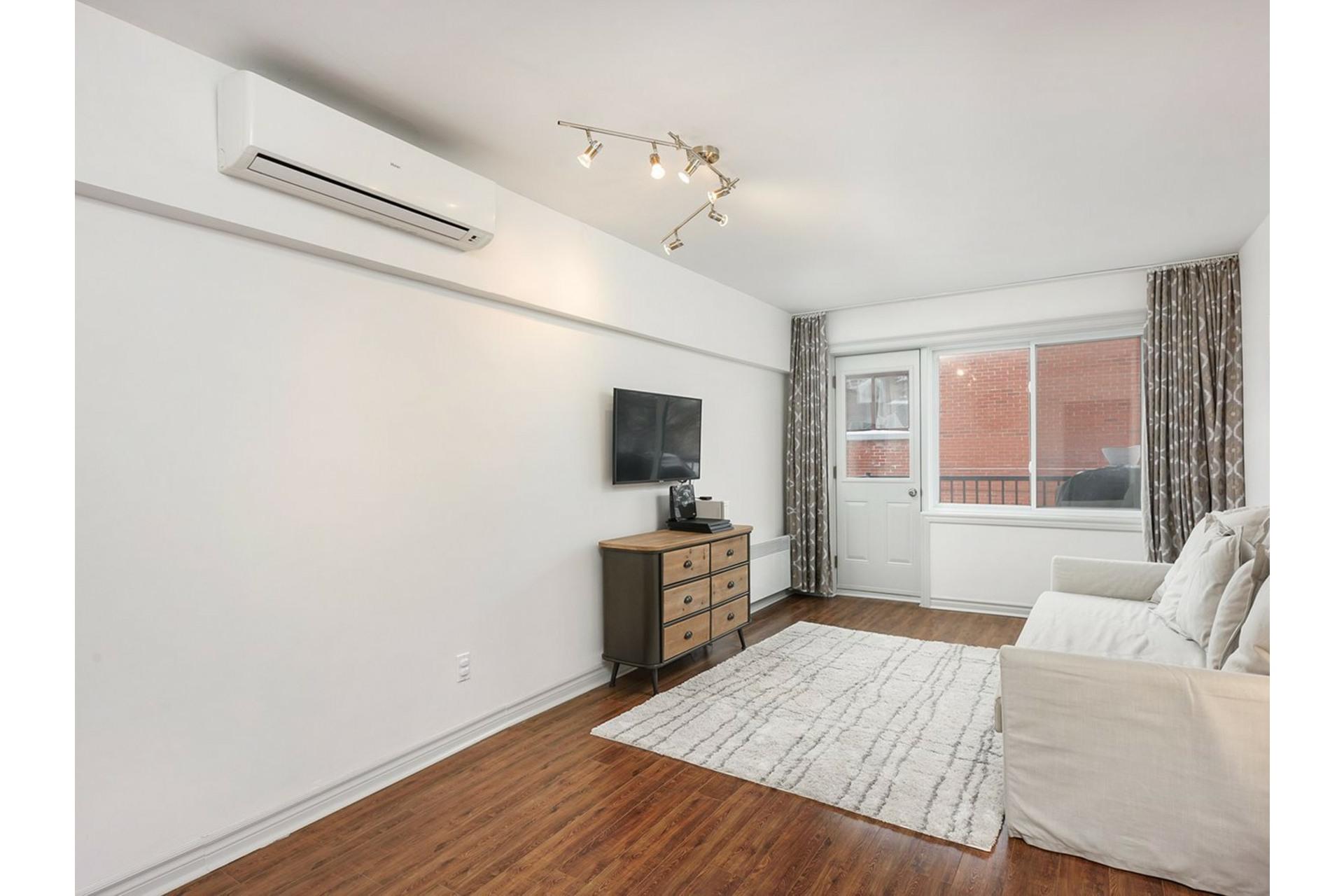 image 8 - Appartement À vendre Mercier/Hochelaga-Maisonneuve Montréal  - 9 pièces