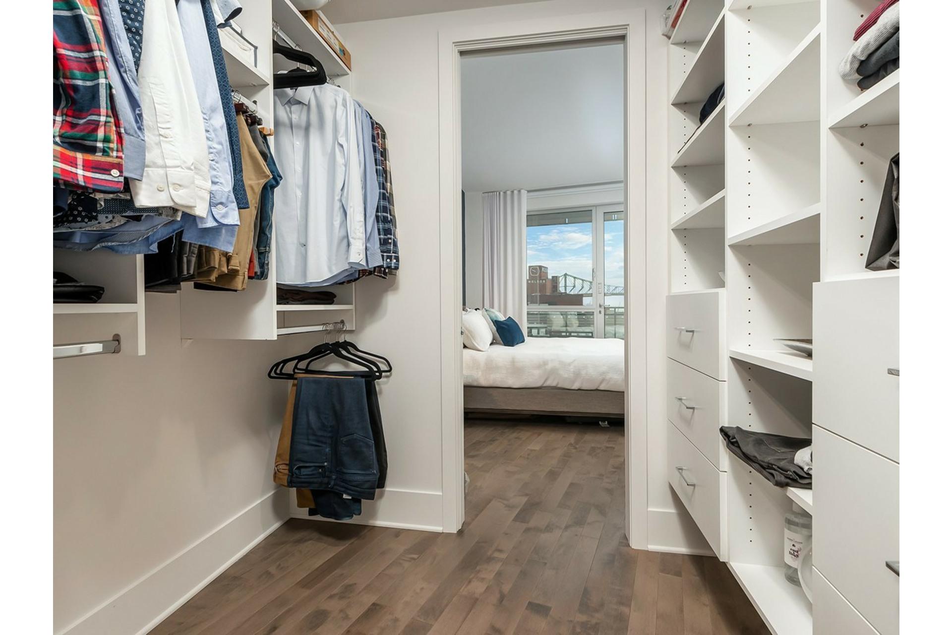 image 20 - Appartement À vendre Ville-Marie Montréal  - 8 pièces
