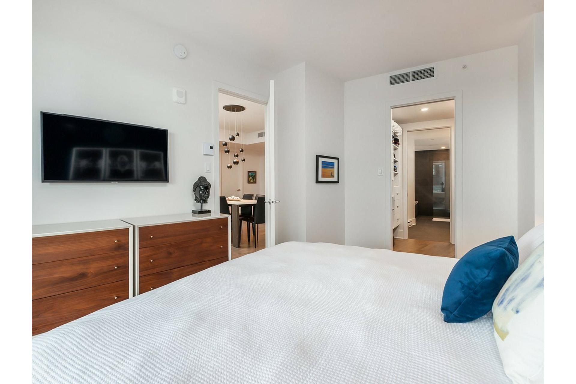 image 14 - Appartement À vendre Ville-Marie Montréal  - 8 pièces
