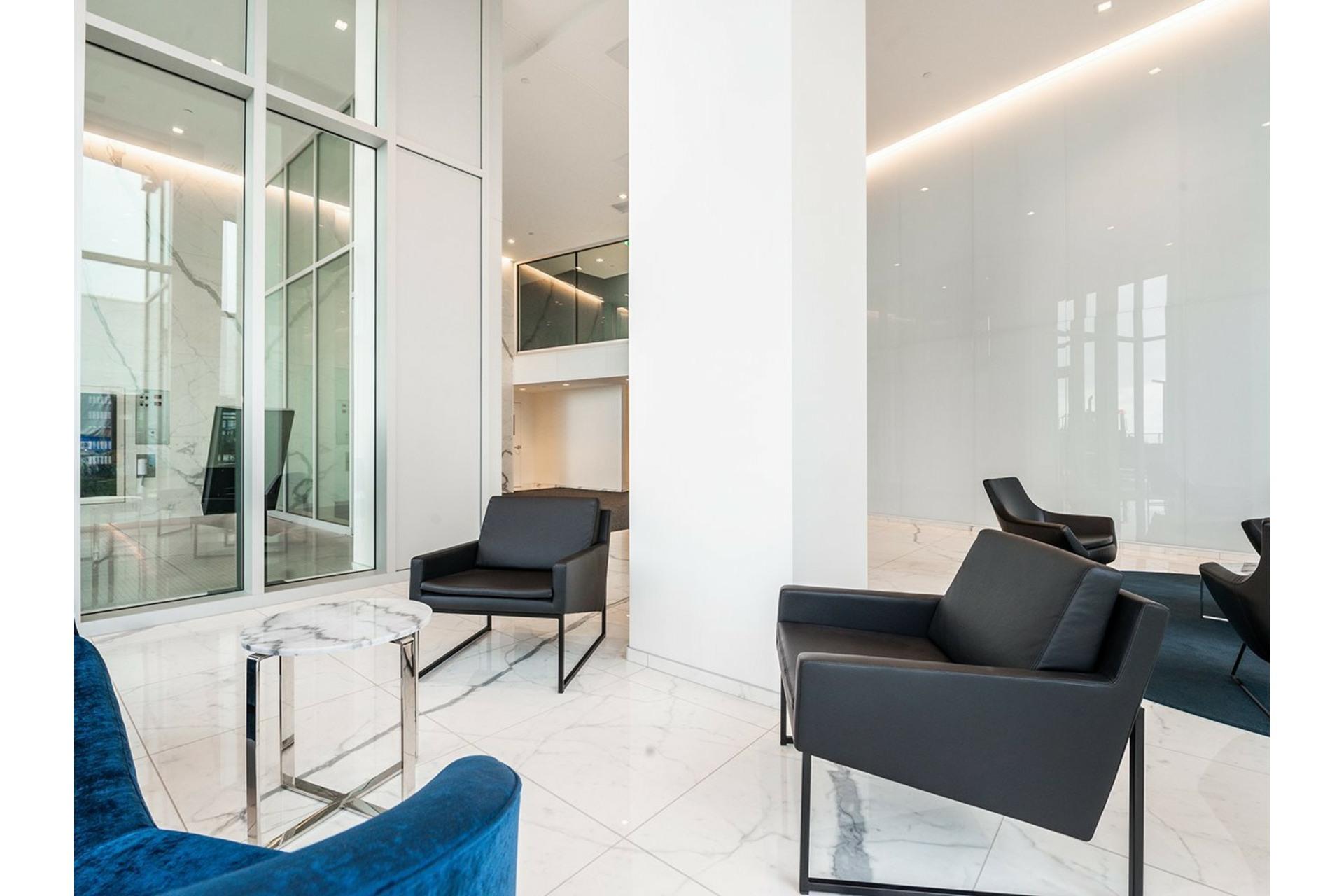 image 30 - Appartement À vendre Ville-Marie Montréal  - 8 pièces