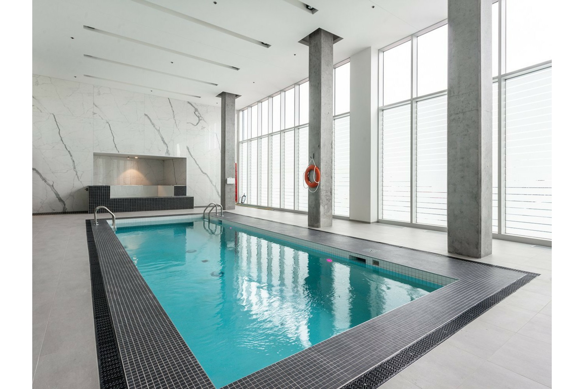image 34 - Appartement À vendre Ville-Marie Montréal  - 8 pièces