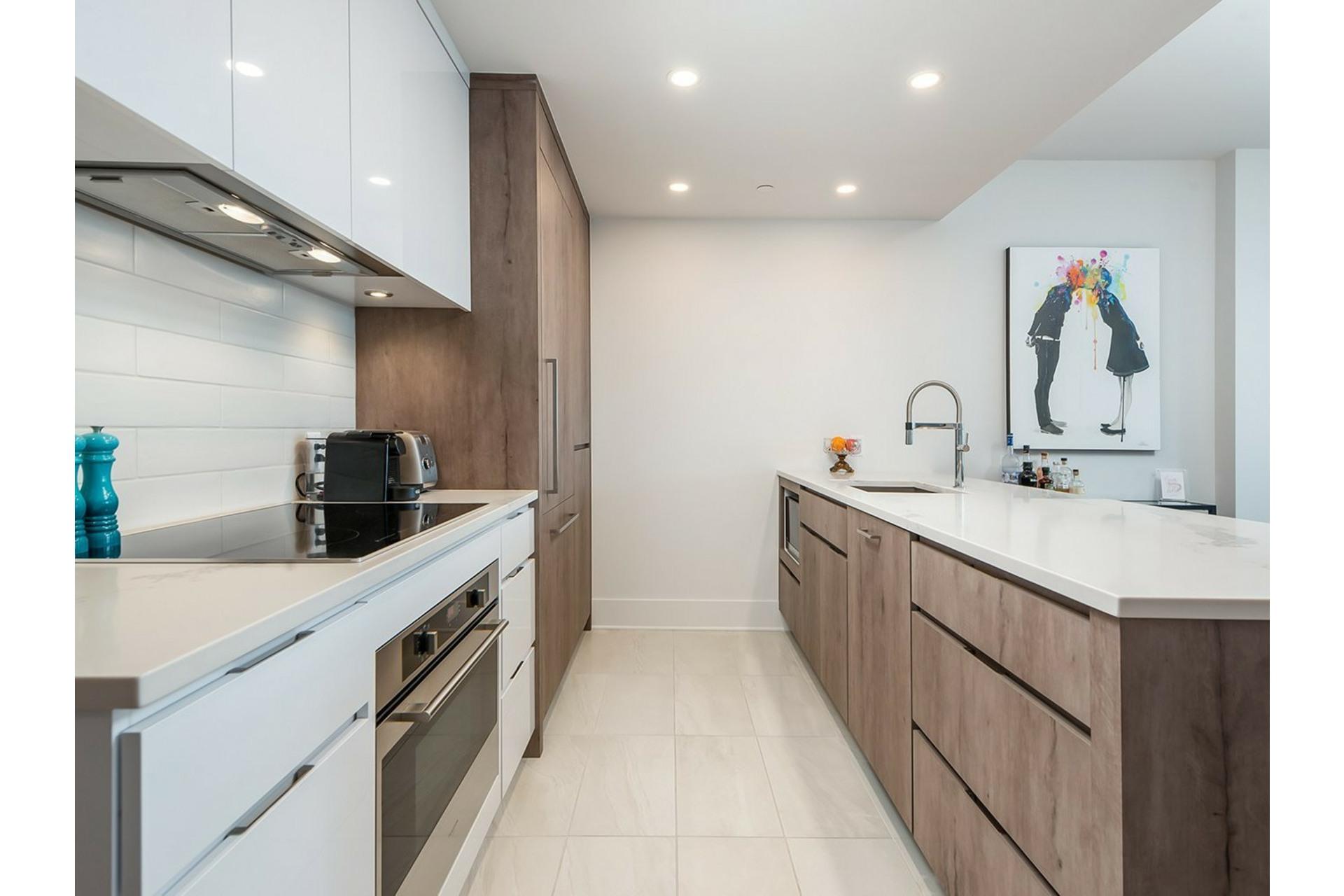 image 5 - Appartement À vendre Ville-Marie Montréal  - 8 pièces