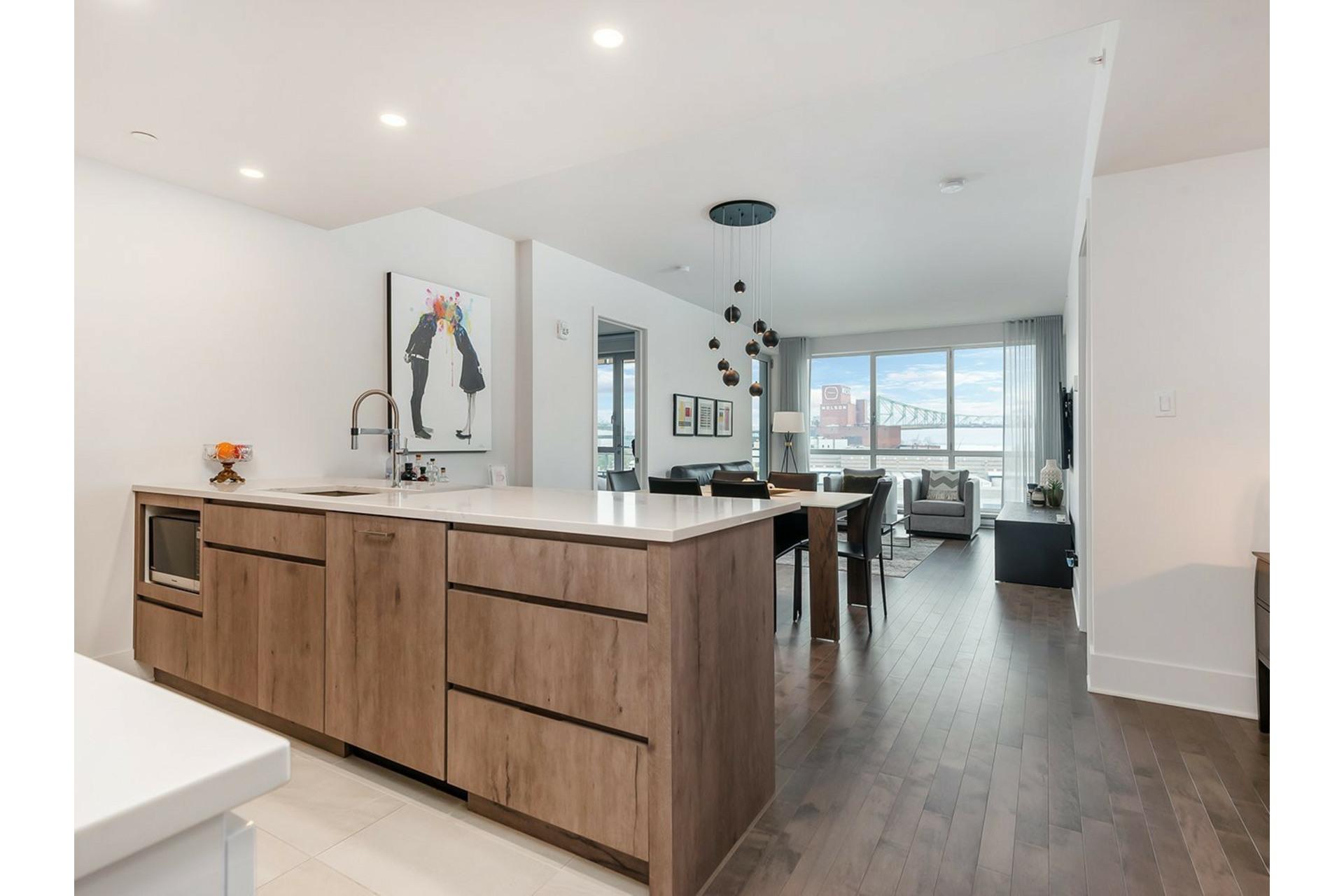 image 6 - Appartement À vendre Ville-Marie Montréal  - 8 pièces
