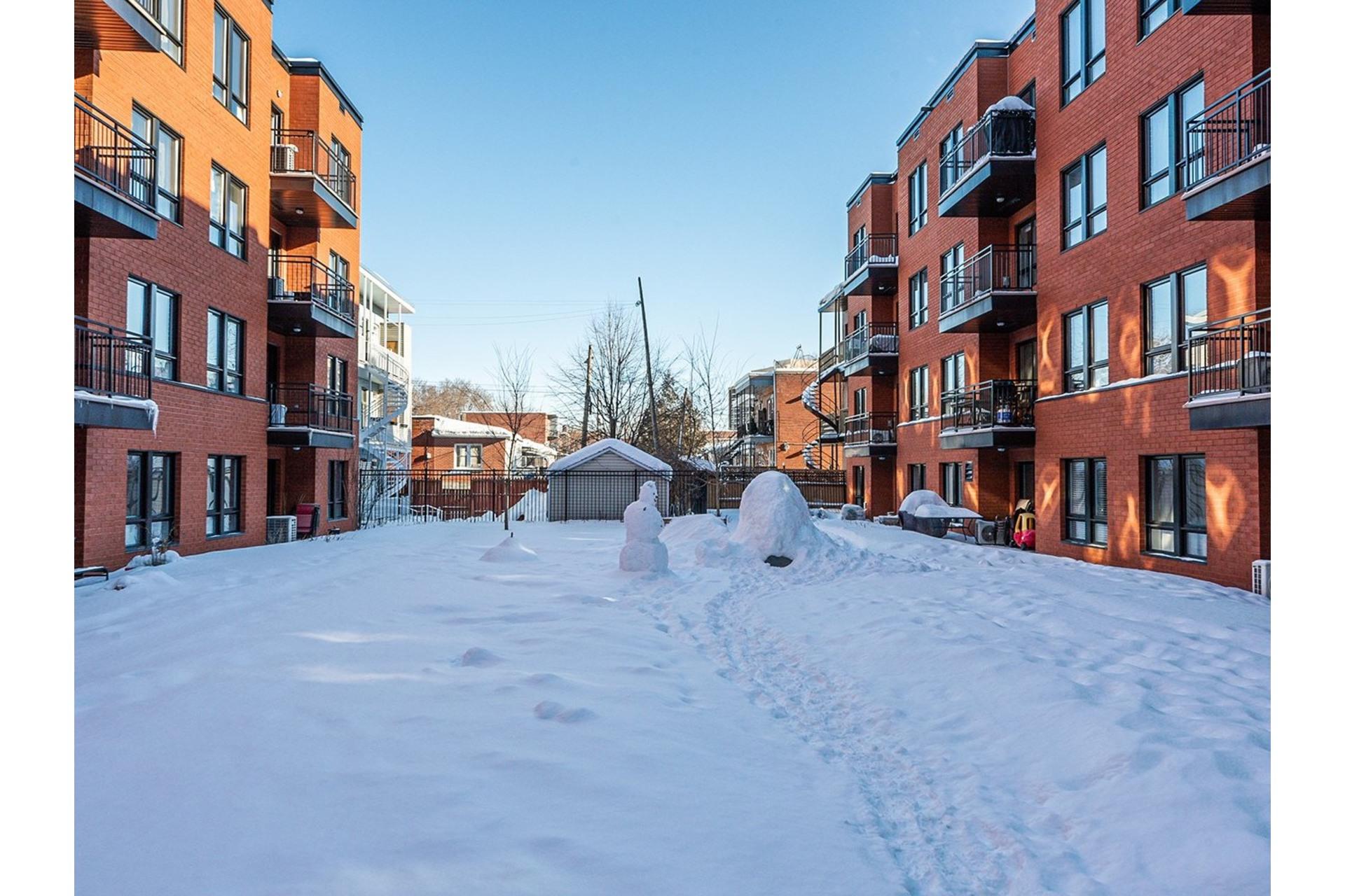 image 26 - Appartement À vendre Ville-Marie Montréal  - 5 pièces