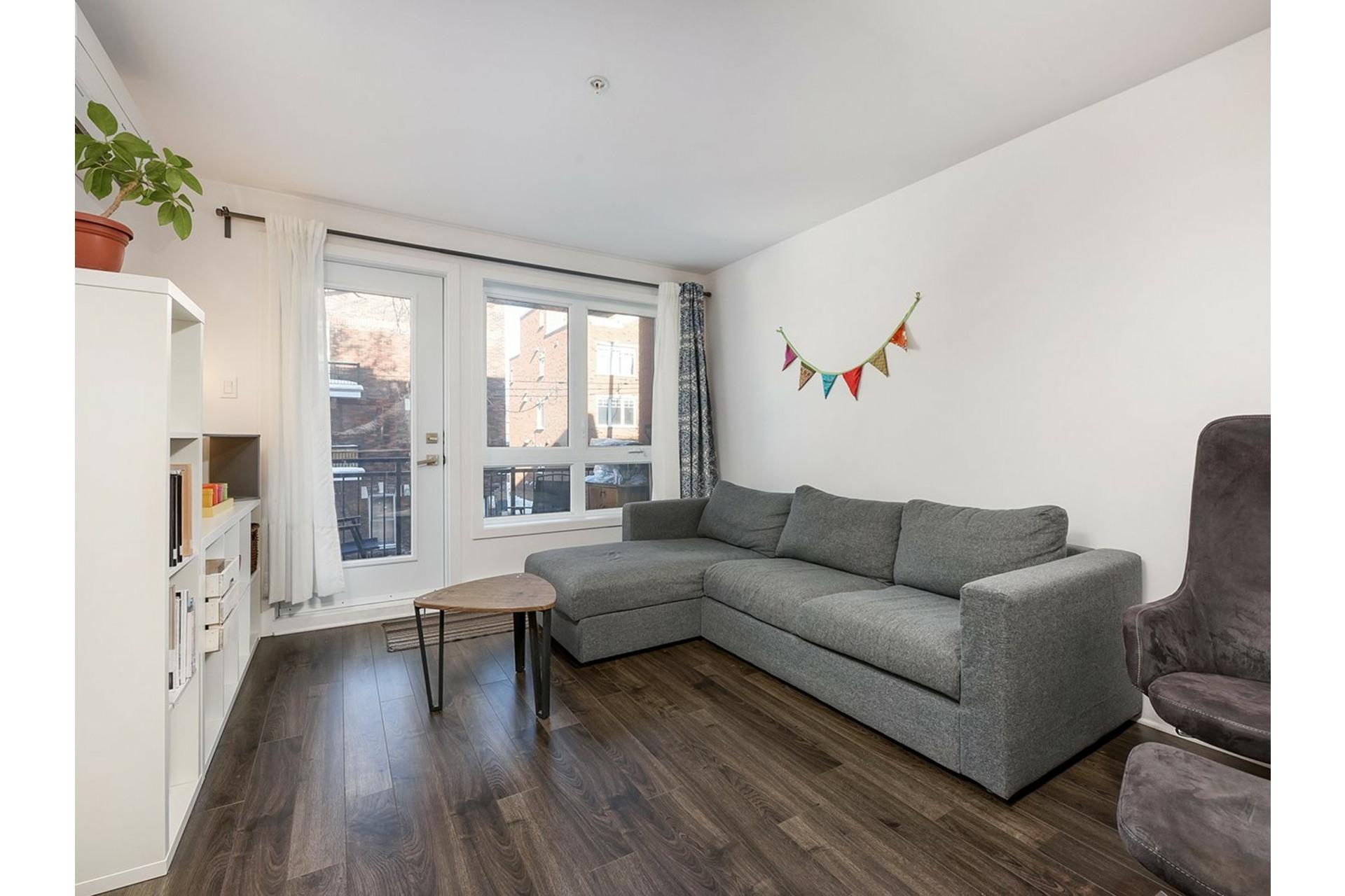 image 9 - Appartement À vendre Ville-Marie Montréal  - 5 pièces
