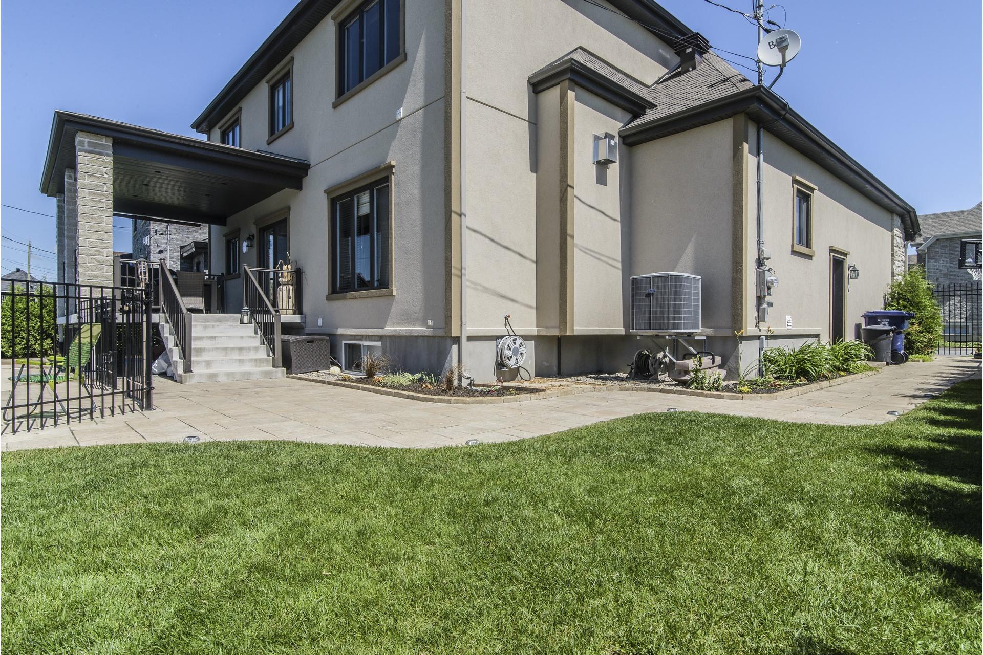 image 57 - House For sale Laval Sainte-Dorothée - 12 rooms
