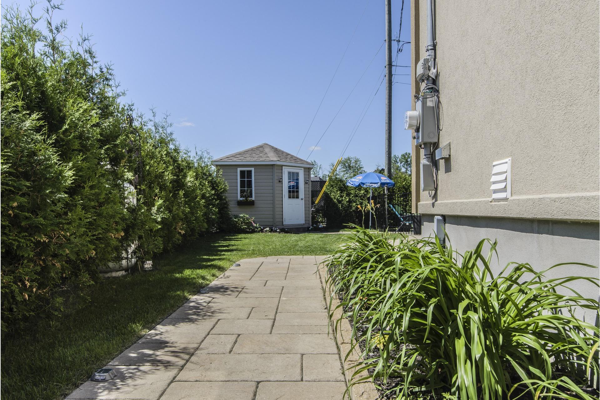 image 51 - House For sale Laval Sainte-Dorothée - 12 rooms