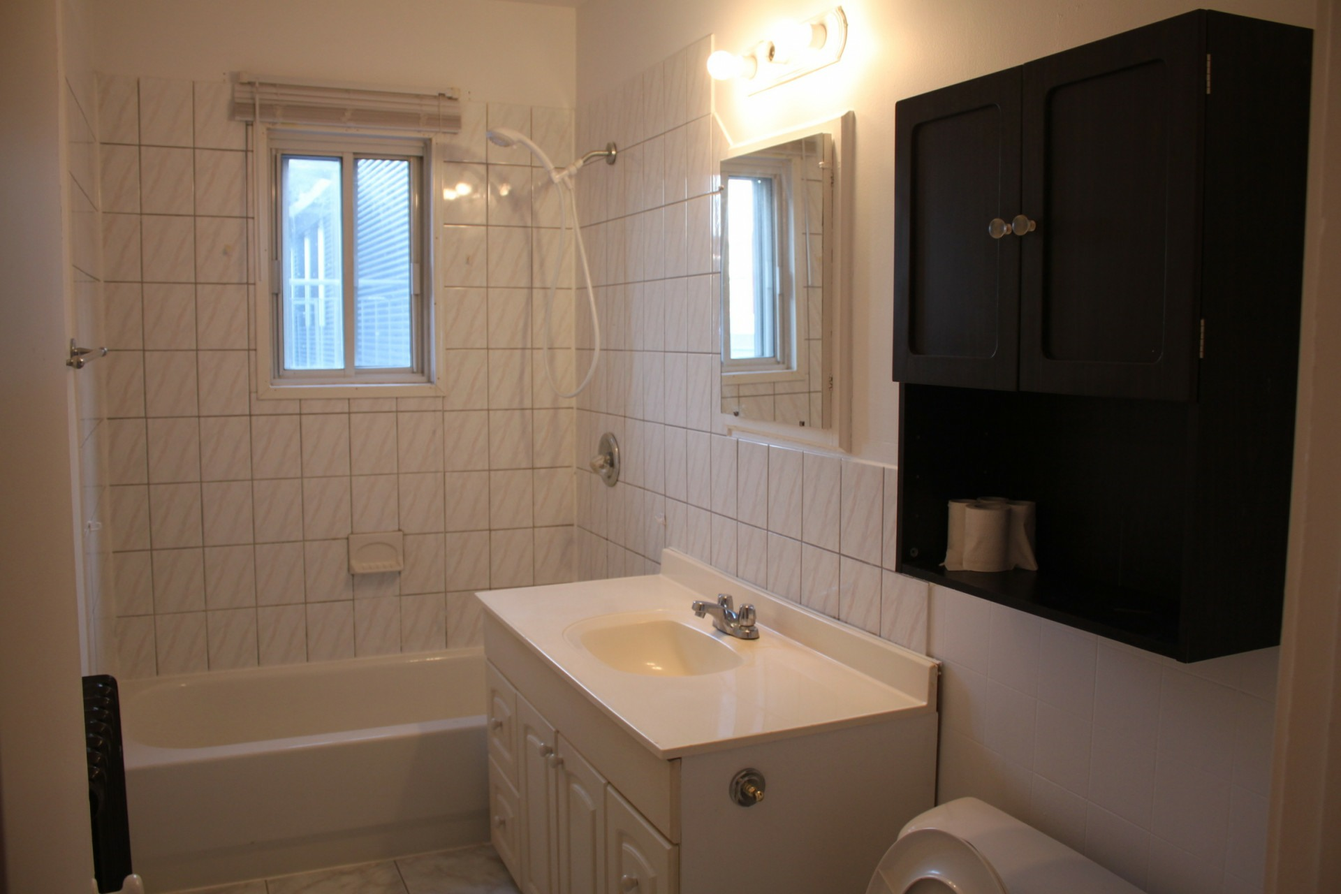 image 6 - Apartment For rent Montréal Mercier - 3 rooms