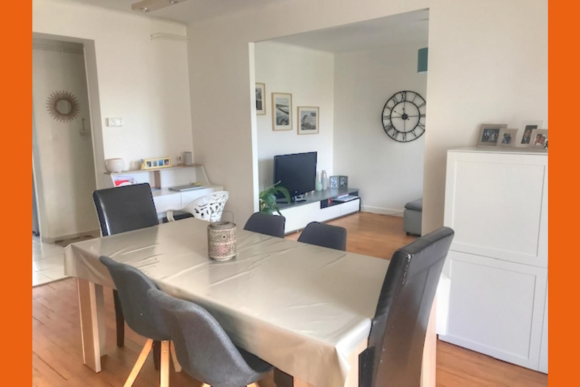 image 2 - Appartement À louer Montigny-lès-Metz - 4 pièces