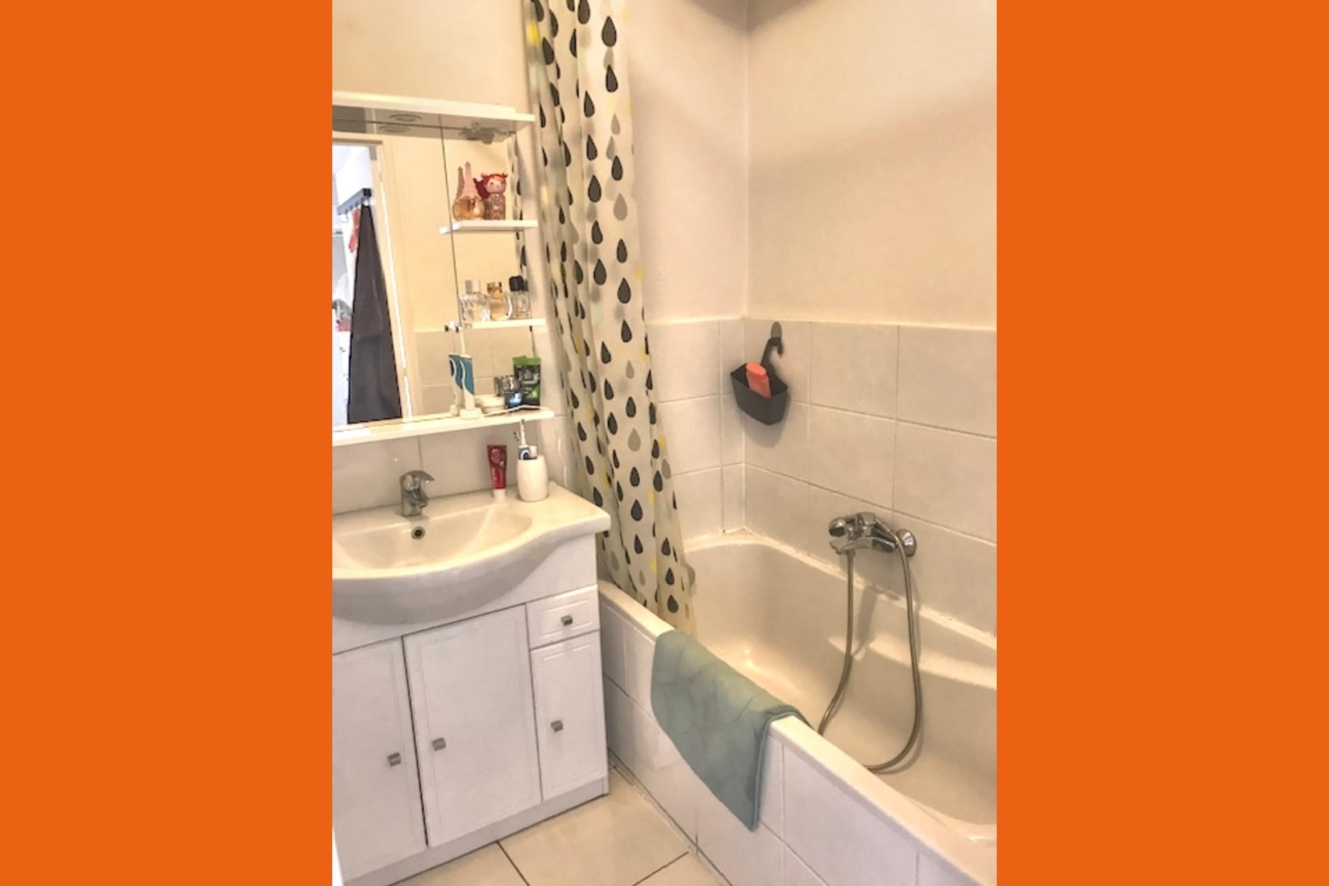 image 6 - Appartement À louer Montigny-lès-Metz - 4 pièces