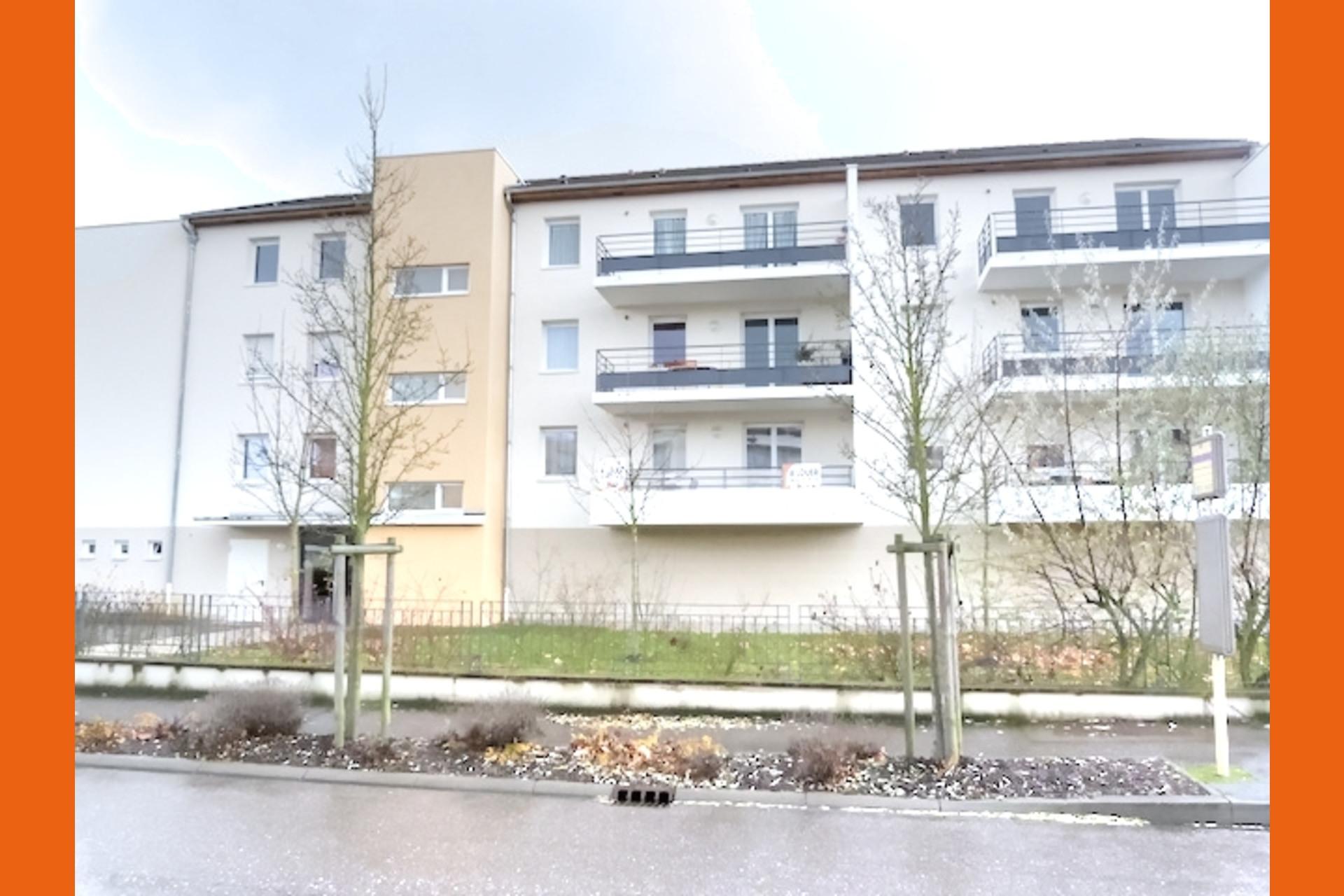 image 0 - Appartement À louer Moulins-lès-Metz - 2 pièces