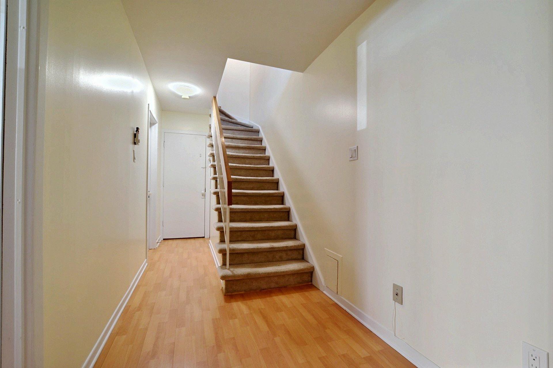 image 14 - Appartement À vendre Montréal Ahuntsic-Cartierville  - 7 pièces