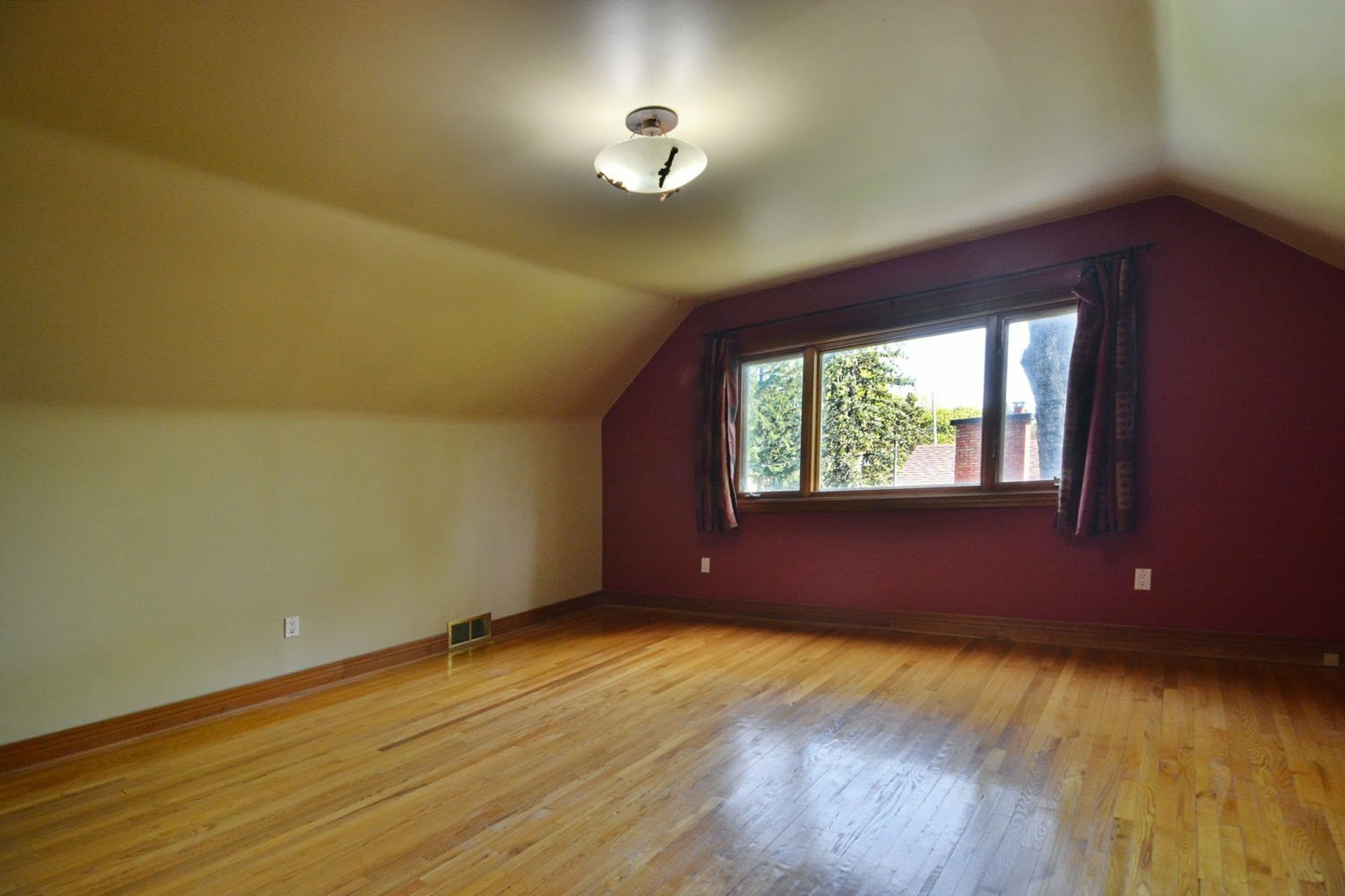 image 10 - House For rent Beaconsfield - 7 rooms