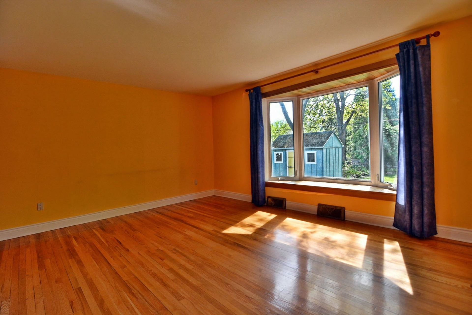 image 7 - House For rent Beaconsfield - 7 rooms
