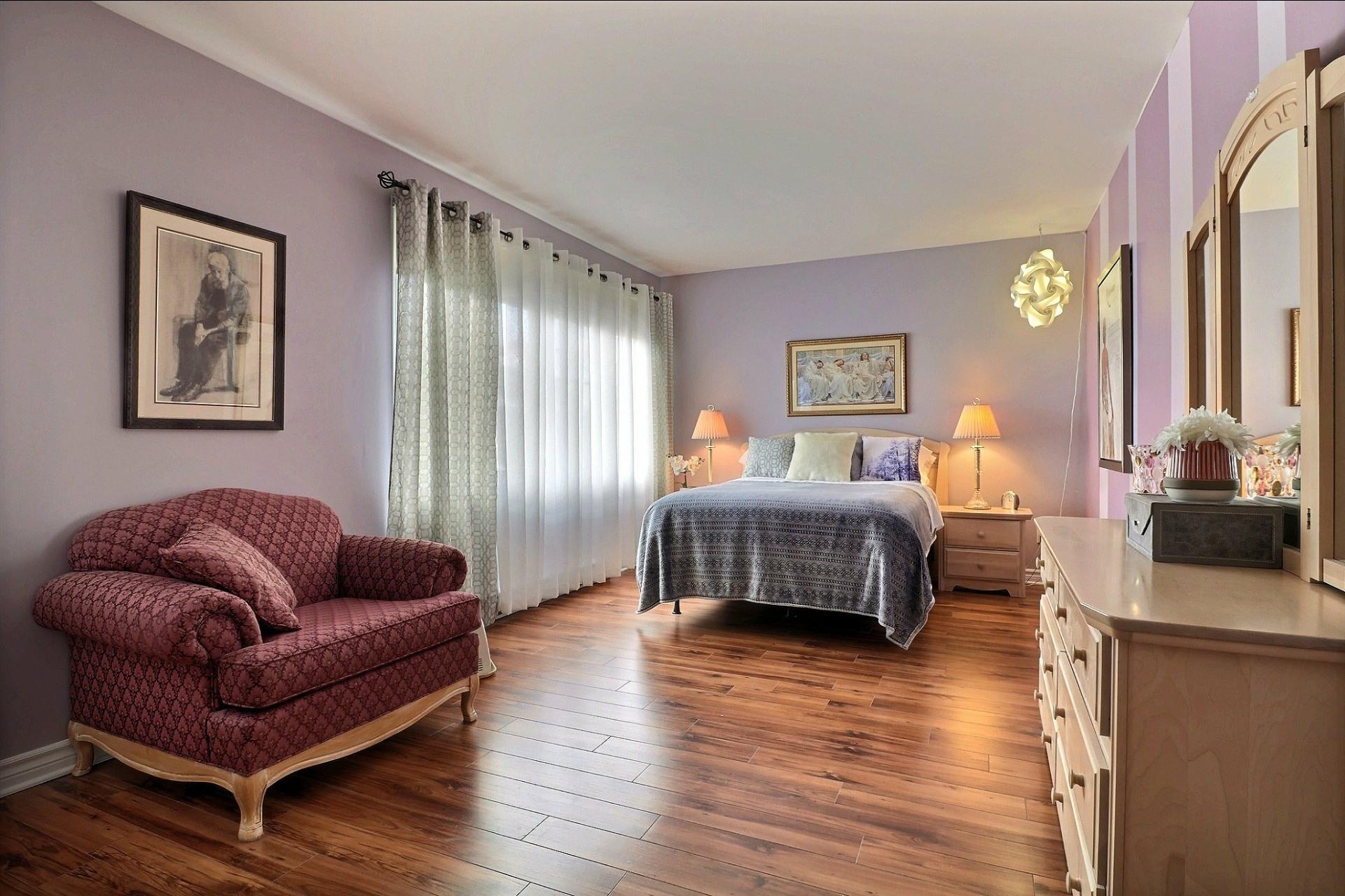 image 12 - Appartement À vendre Laval Fabreville  - 6 pièces