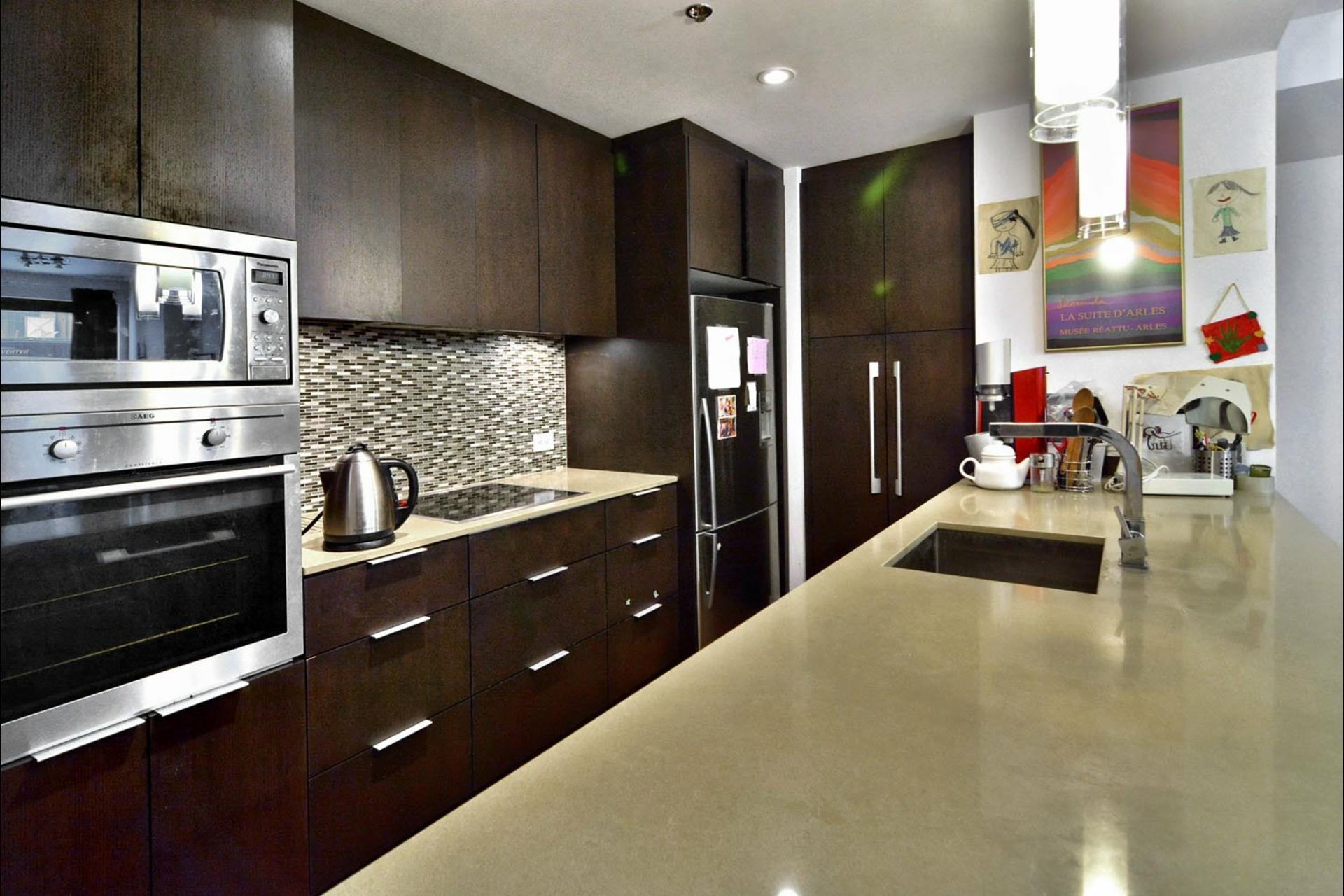 image 7 - Appartement À vendre Montréal Le Sud-Ouest  - 8 pièces